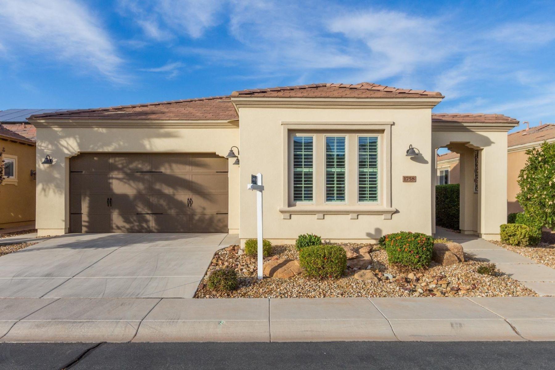 Single Family Homes por un Venta en Encanterra Country Club 1758 E Hesperus Way San Tan Valley, Arizona 85140 Estados Unidos
