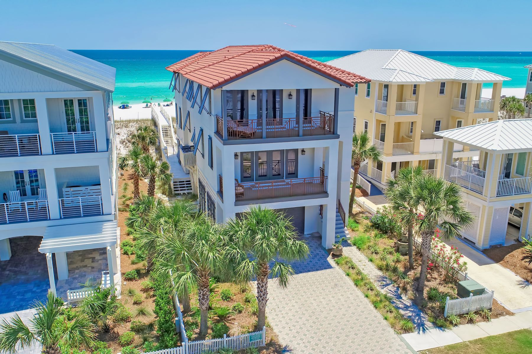 Single Family Homes için Satış at Gulf Front in Destin Pointe and Private Elavator 61 Lands End Drive, Destin, Florida 32541 Amerika Birleşik Devletleri