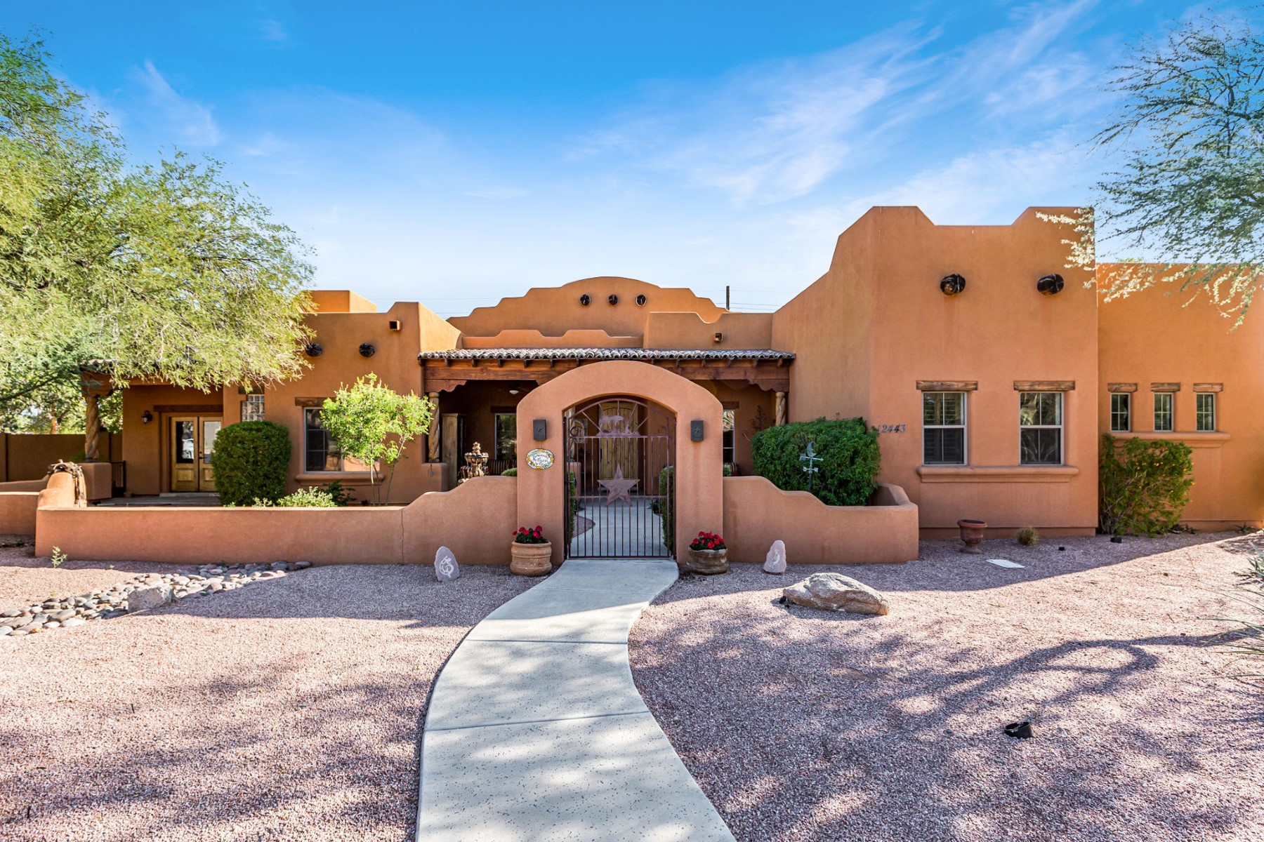 Single Family Homes for Active at Horse Privileges 12443 E Haymore Court Chandler, Arizona 85249 United States