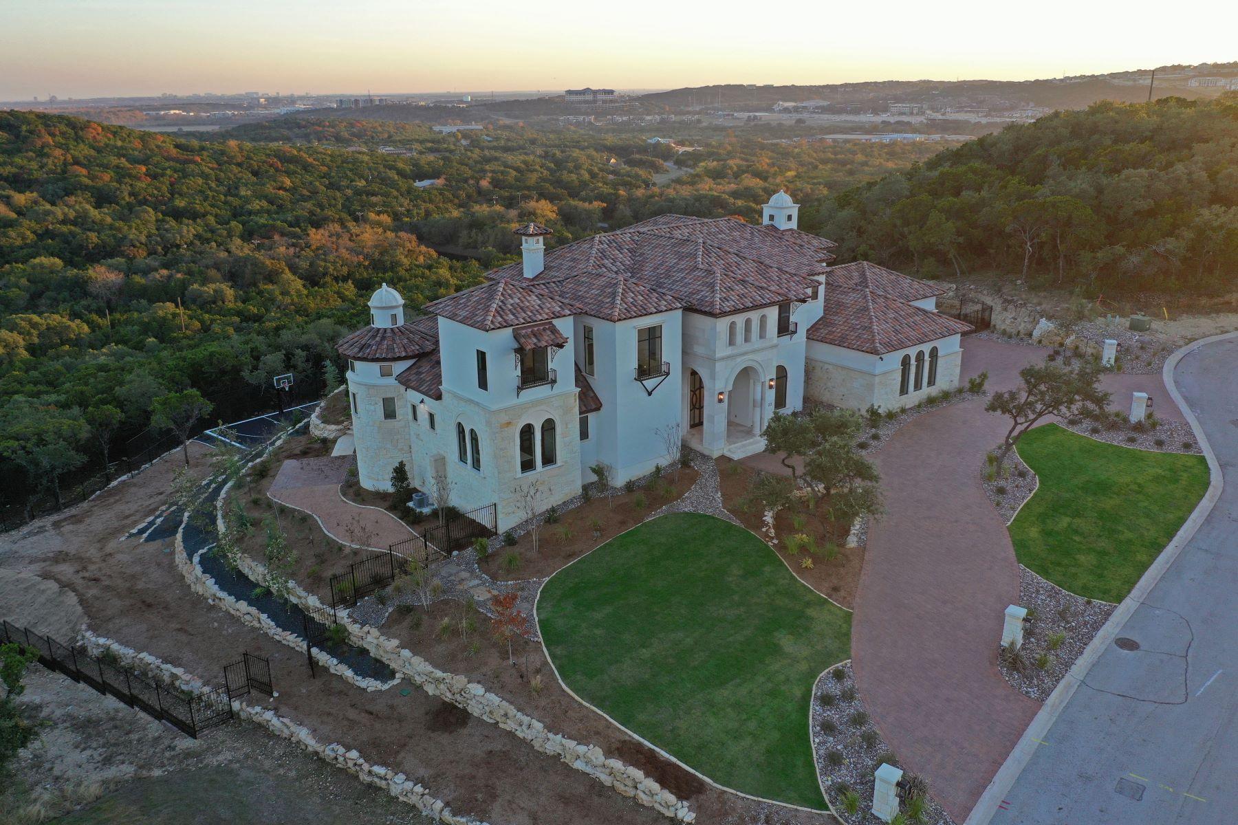Single Family Homes für Verkauf beim METICULOUSLY BUILT MASTERPIECE ESTATE 23 Grand Terrace, San Antonio, Texas 78257 Vereinigte Staaten