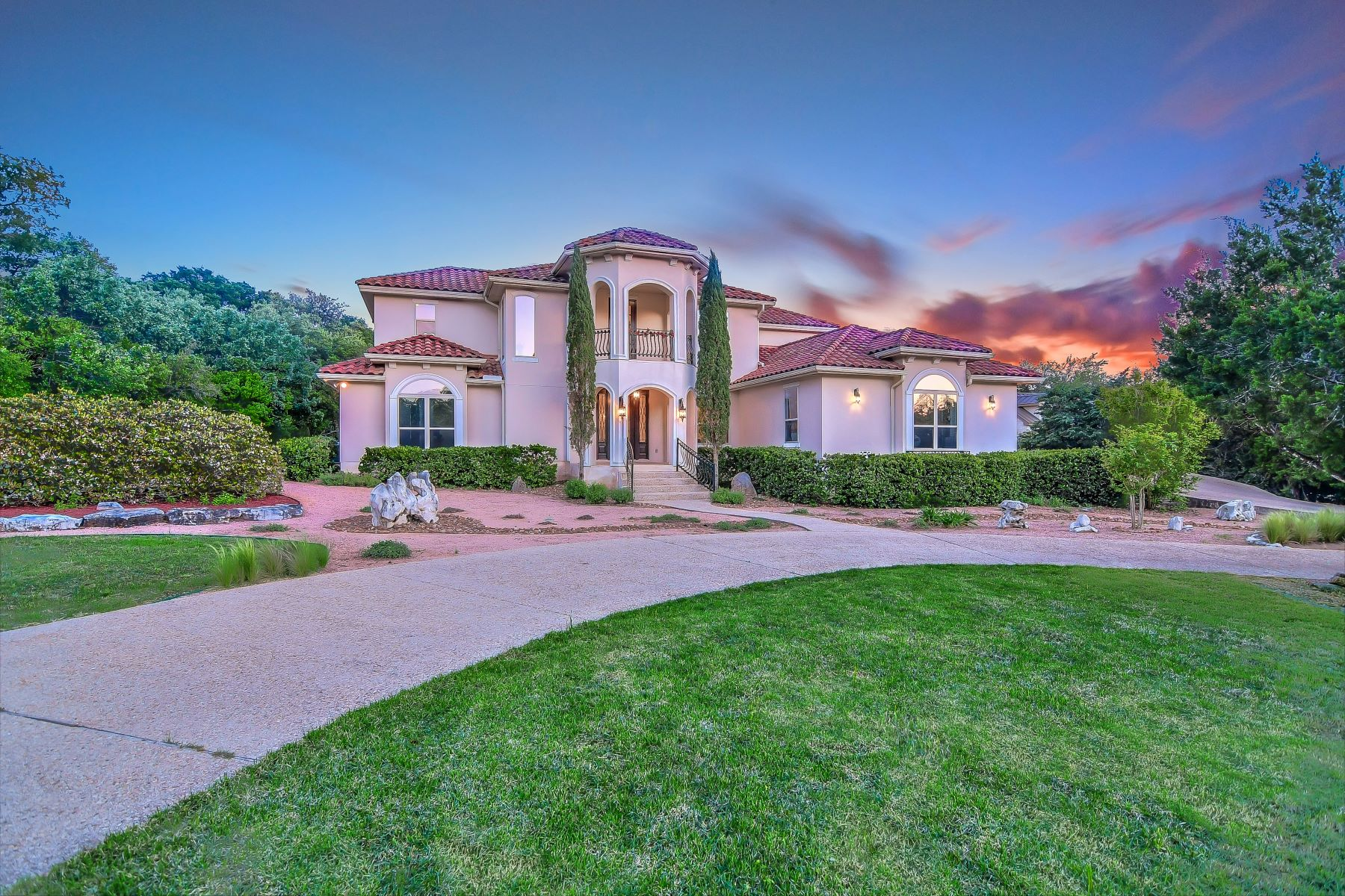 Single Family Homes for Active at Spectacular Texas Hill Country Estate 17111 Clovis Helotes, Texas 78023 United States