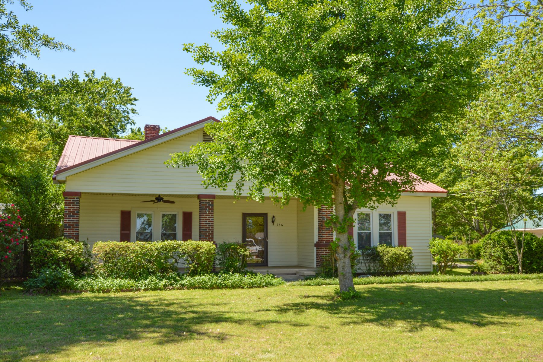 Single Family Homes 용 매매 에 Owens Cross Roads, 앨라바마 35763 미국