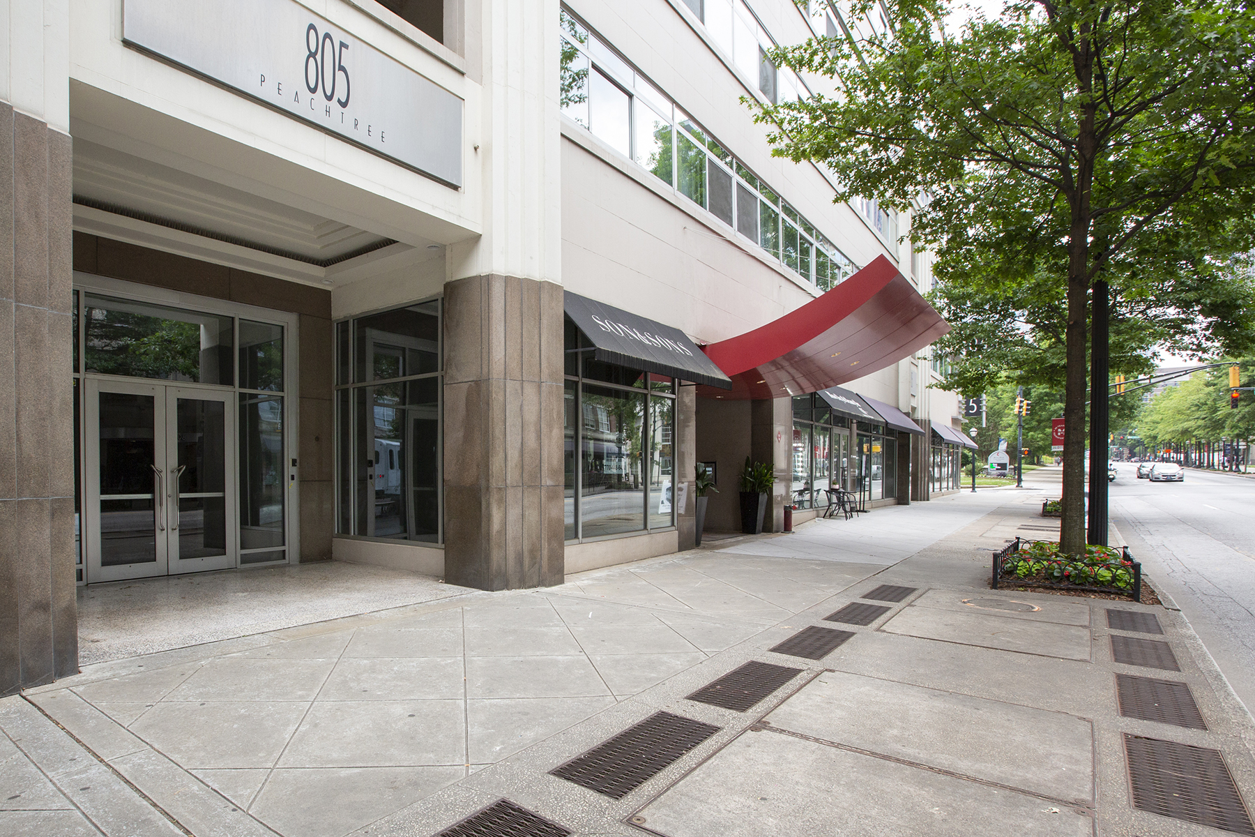 Condominium for Sale at Live In One Of Midtown's Hottest Buildings 805 Peachtree Street NE No. 507 Atlanta, Georgia 30308 United States