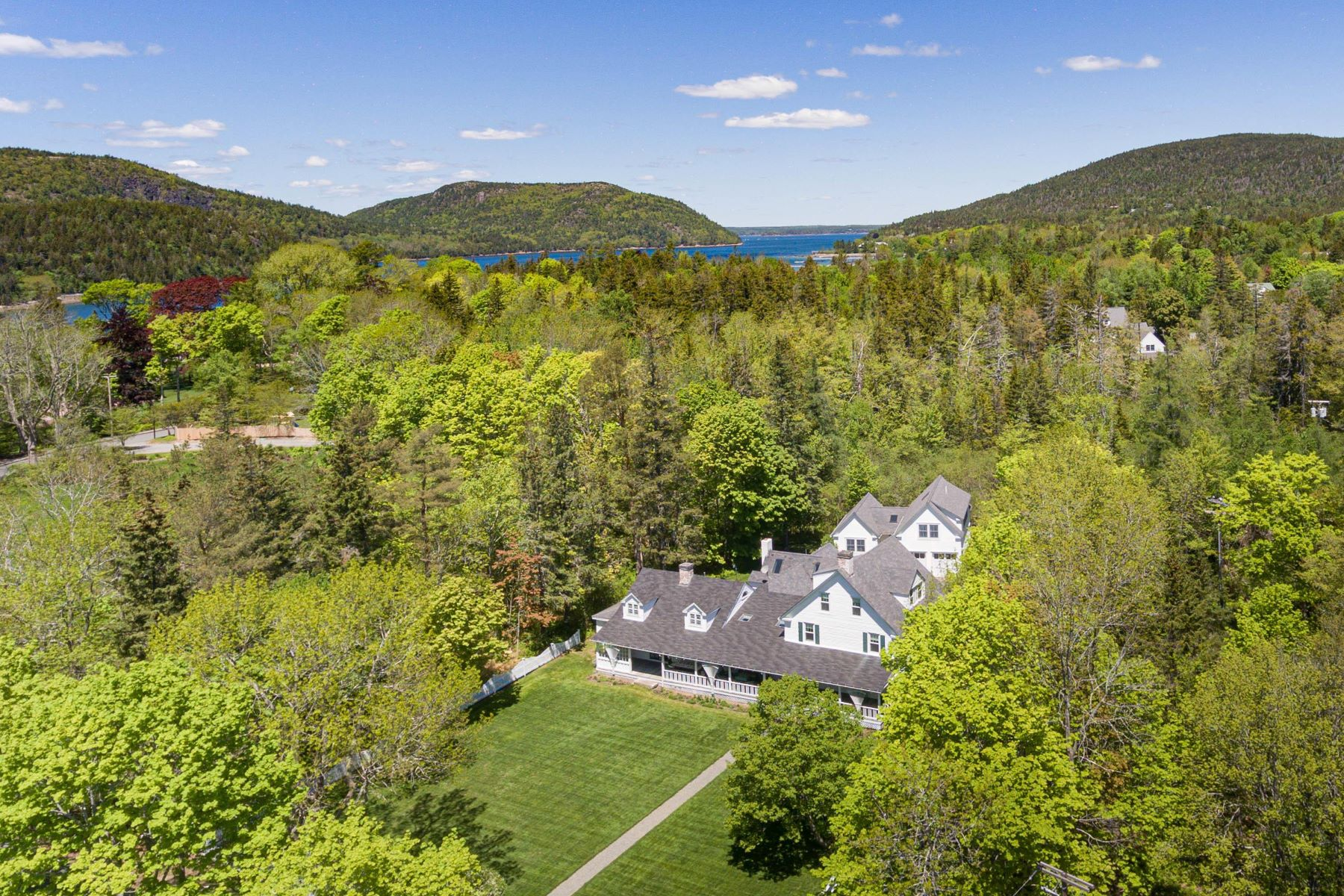 Single Family Homes for Active at 55 Manchester Road, Ne Harbor Mount Desert, Maine 04662 United States