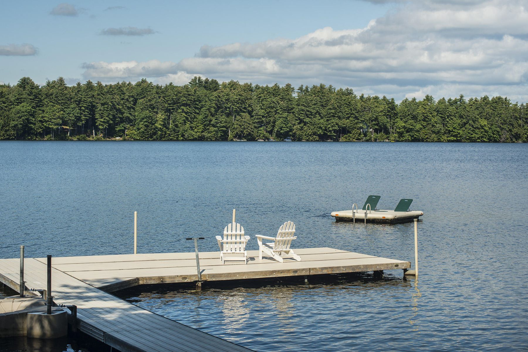 Single Family Homes for Active at 8 Dane Lane Belgrade, Maine 04917 United States