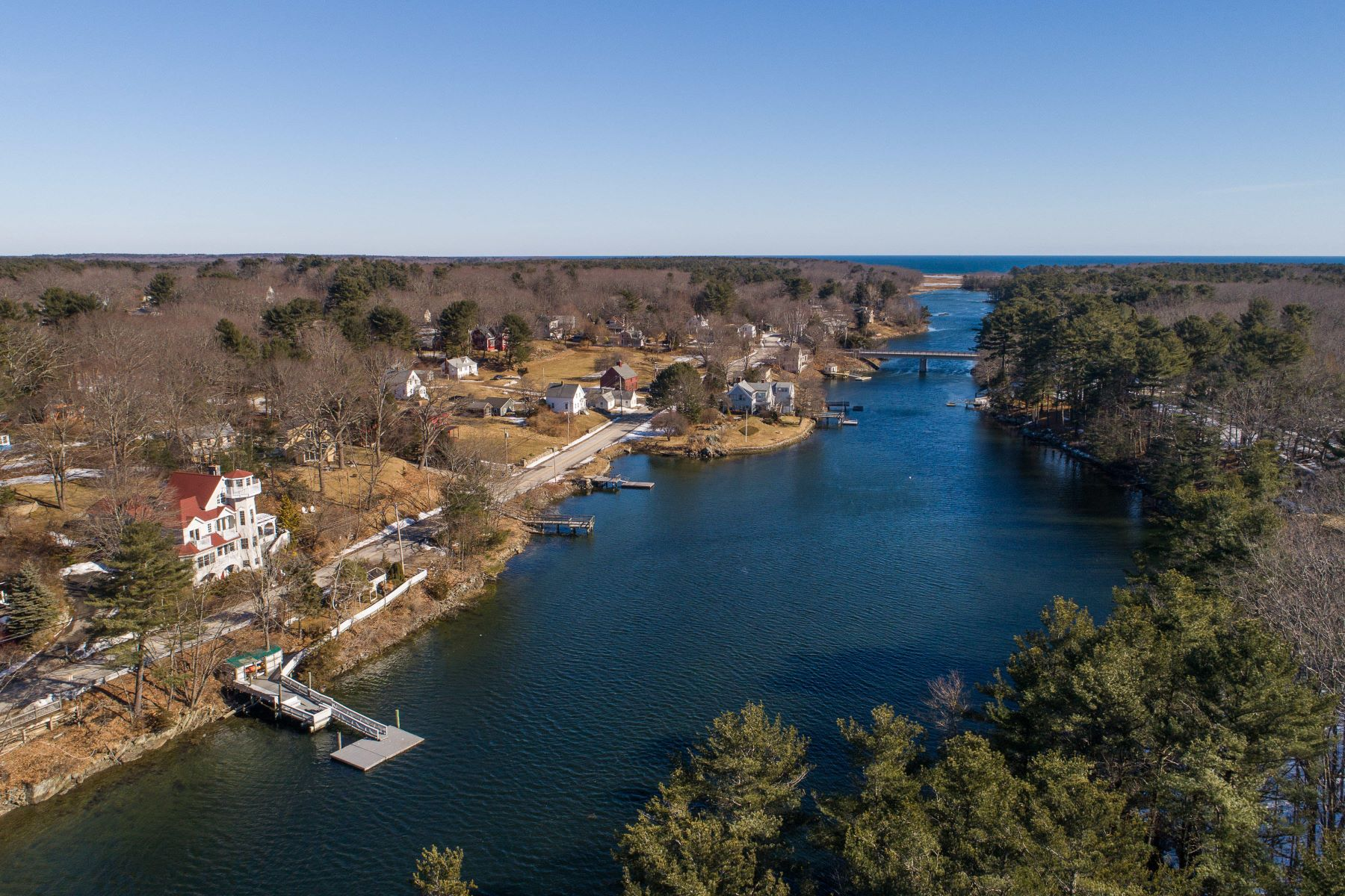 Single Family Homes for Active at 25 Chauncey Creek Road Kittery, Maine 03905 United States