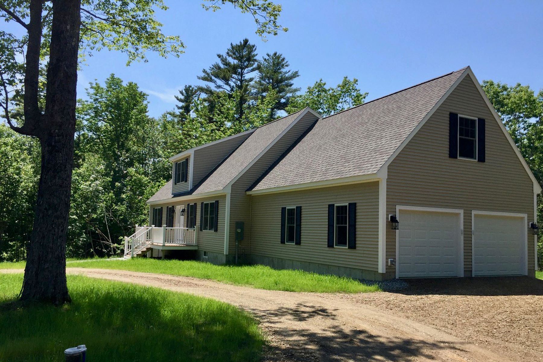 Single Family Homes for Active at 6 Cooper Way South Bristol, Maine 04573 United States