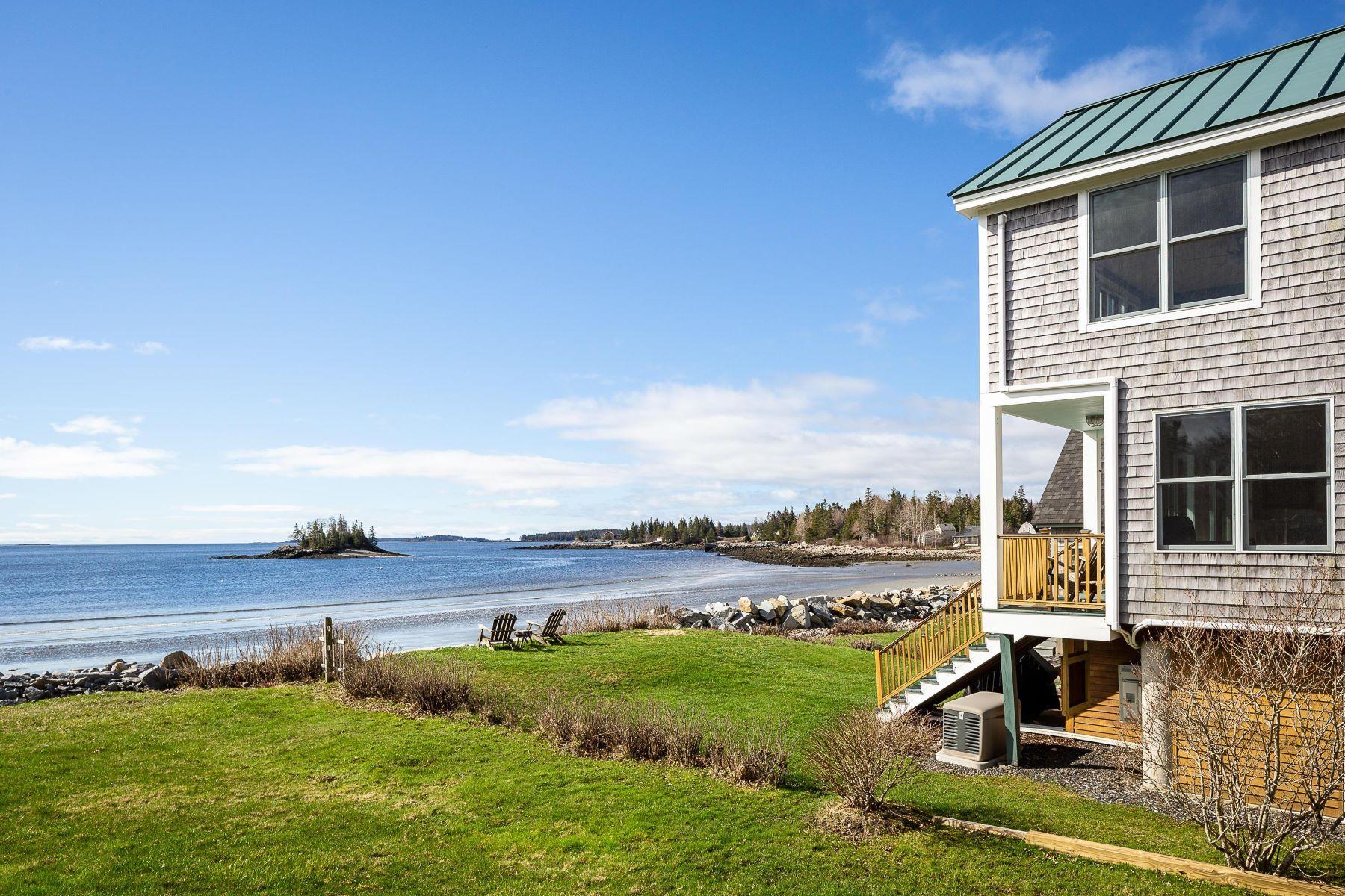 Single Family Homes for Sale at 15 Stonehurst Lane Owls Head, Maine 04854 United States