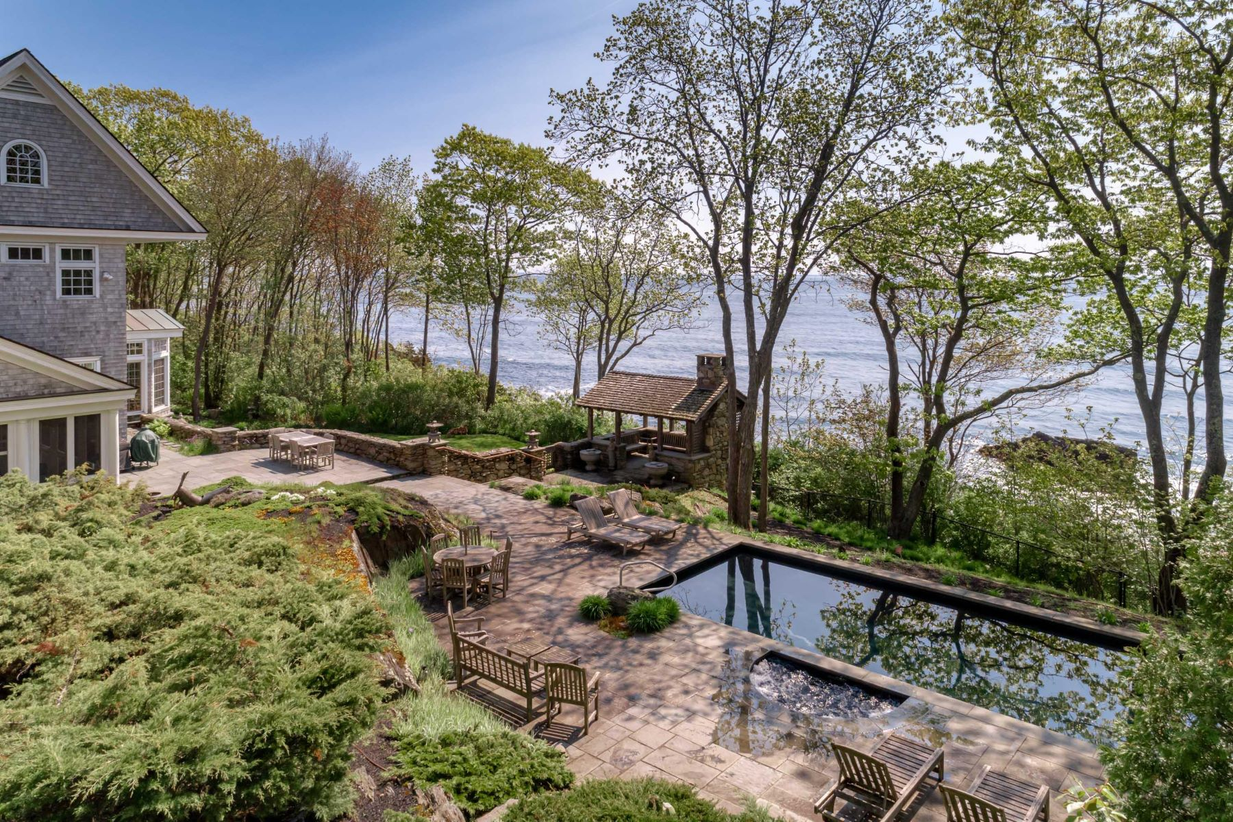 Single Family Homes for Sale at Cape Elizabeth, Maine 04107 United States