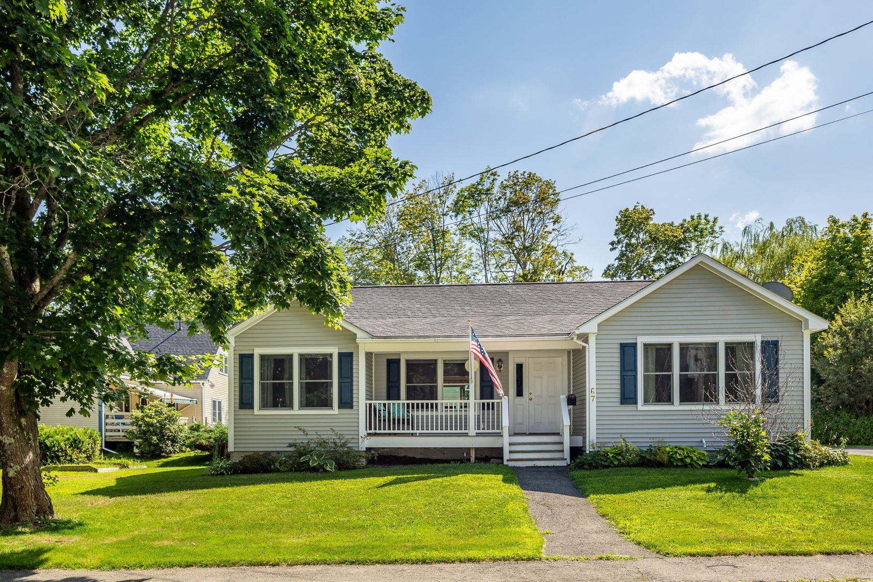 Single Family Homes for Active at 67 Park Street Camden, Maine 04843 United States