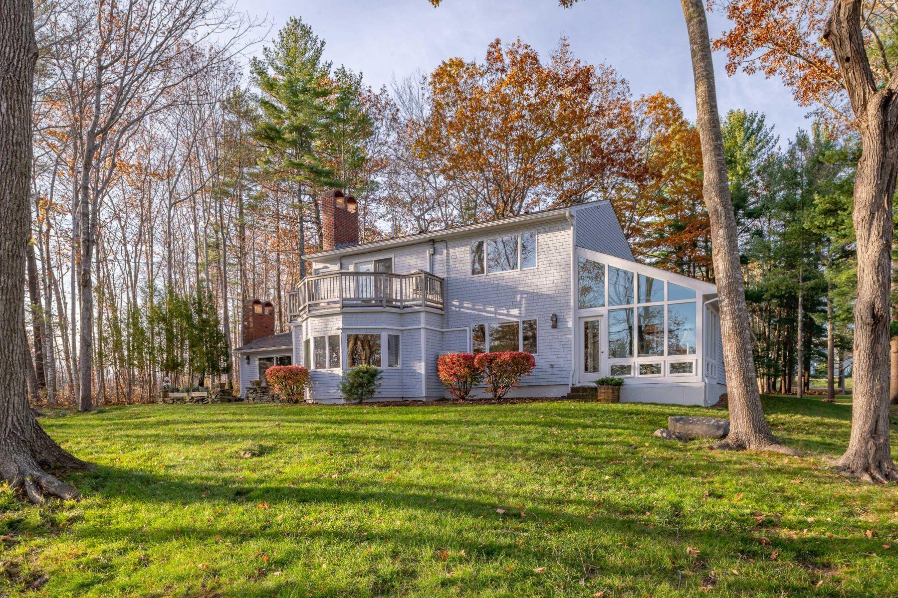Single Family Homes por un Venta en 91 Eastward On The Ocean Rockport, Maine 04856 Estados Unidos