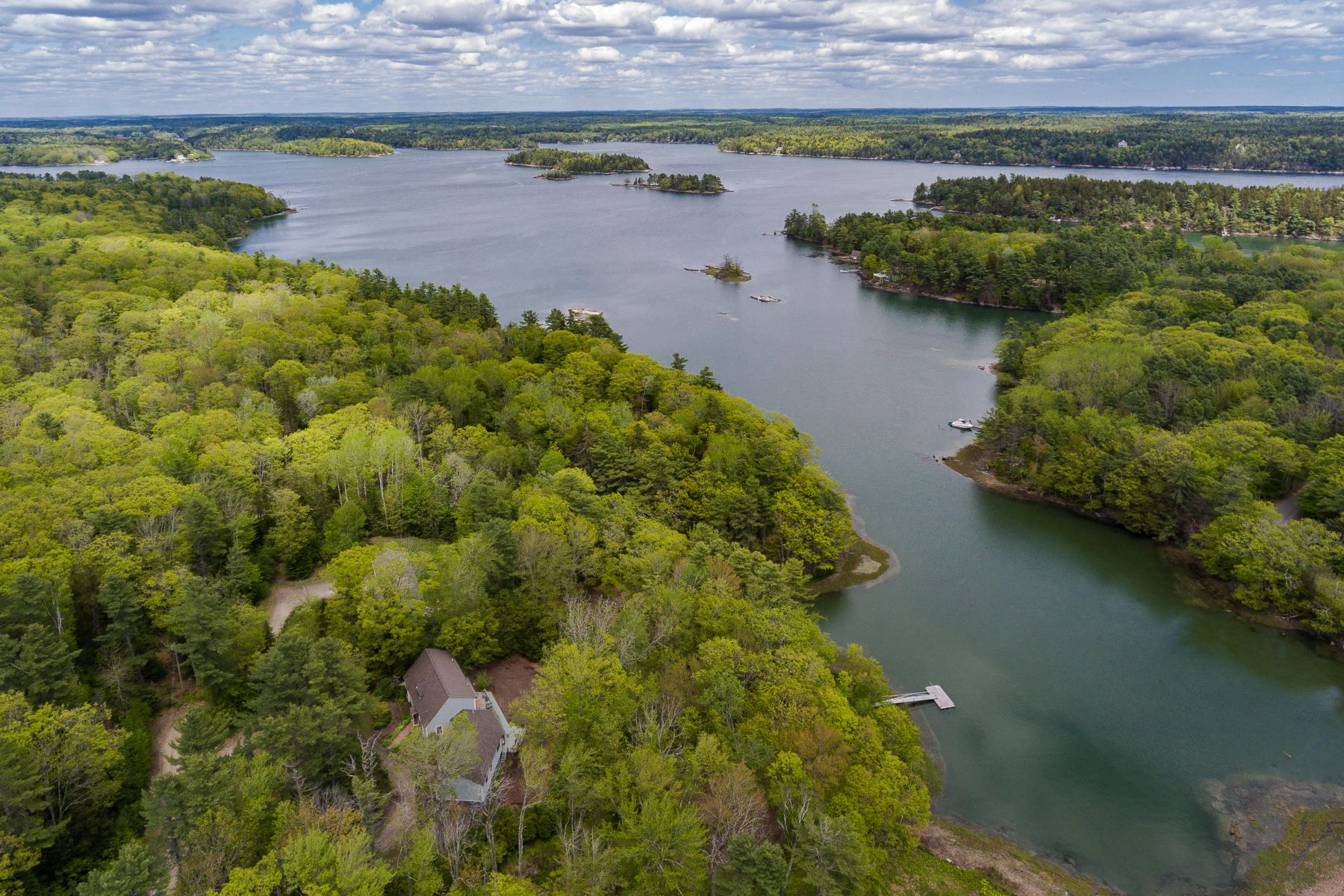 Single Family Homes for Active at 40 Perry Lane Harpswell, Maine 04079 United States