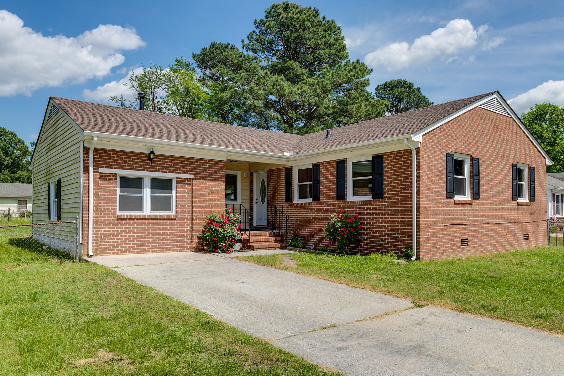 single family homes por un Venta en 3511 Francis Street Petersburg, Virginia 23805 Estados Unidos