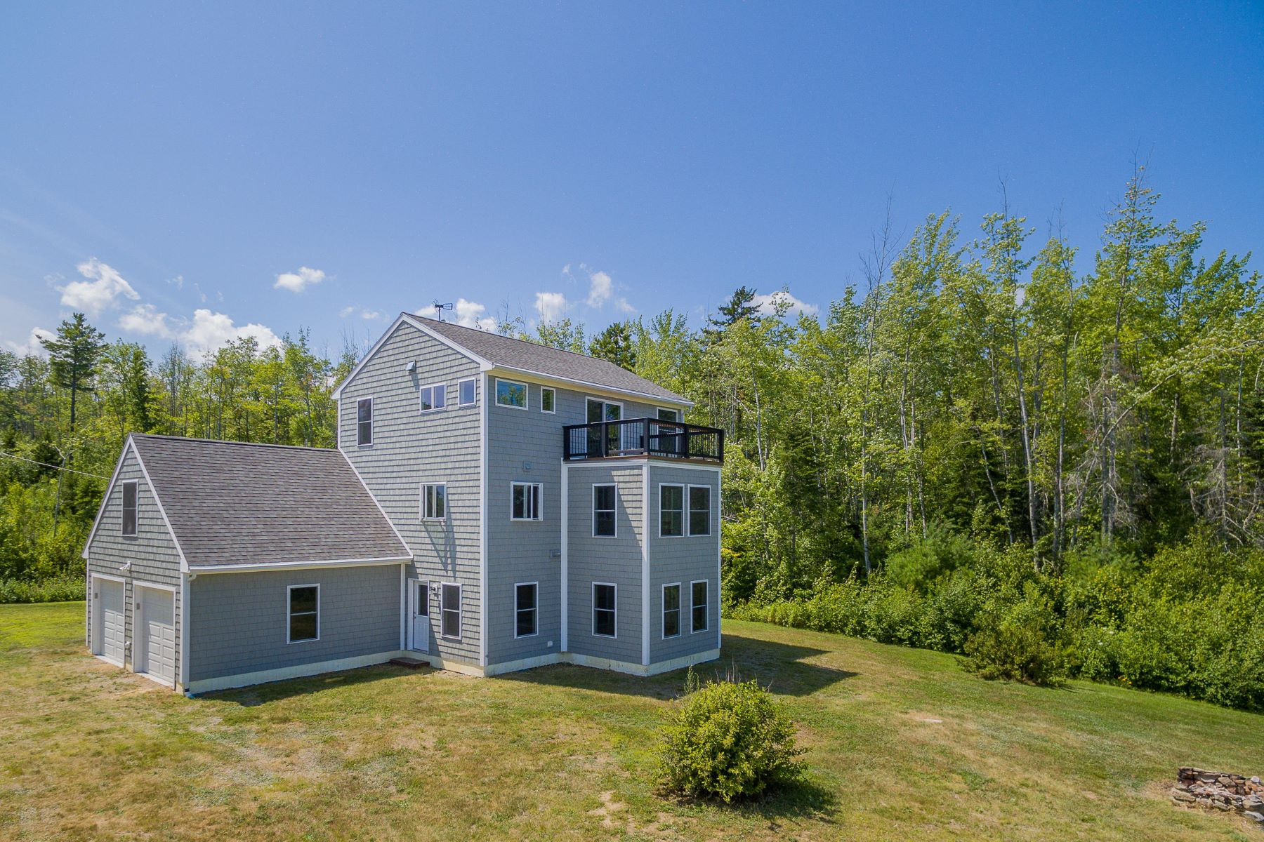 Single Family Homes for Sale at 62 Rocky Road Northport, Maine 04849 United States