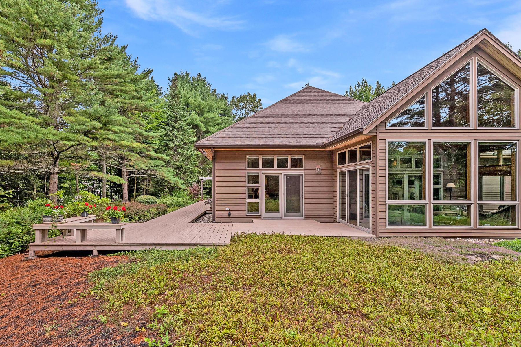 Single Family Homes for Sale at 3 Wildwood Lane Scarborough, Maine 04074 United States