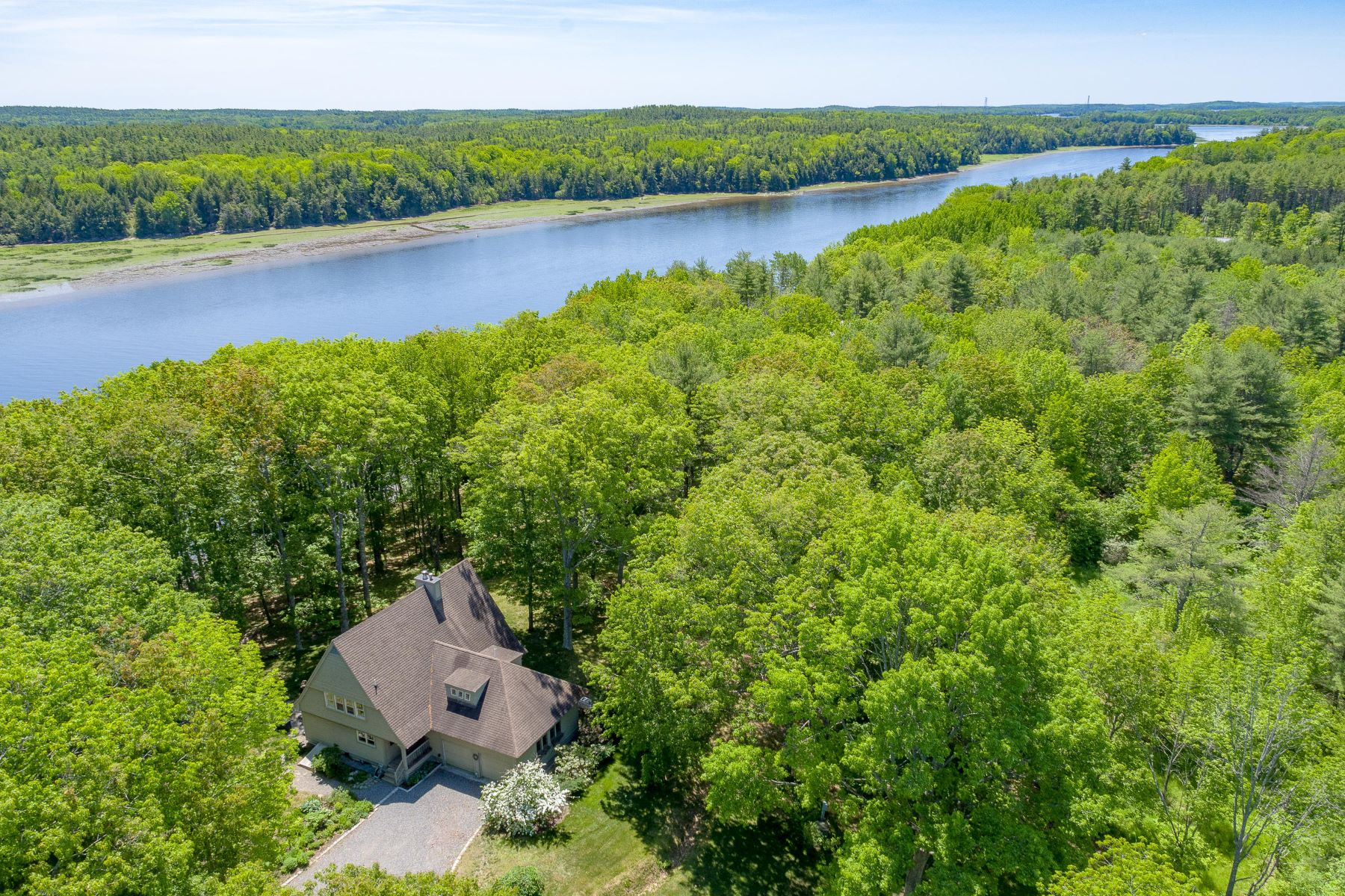 Single Family Homes for Active at 1269 River Road Bowdoinham, Maine 04008 United States