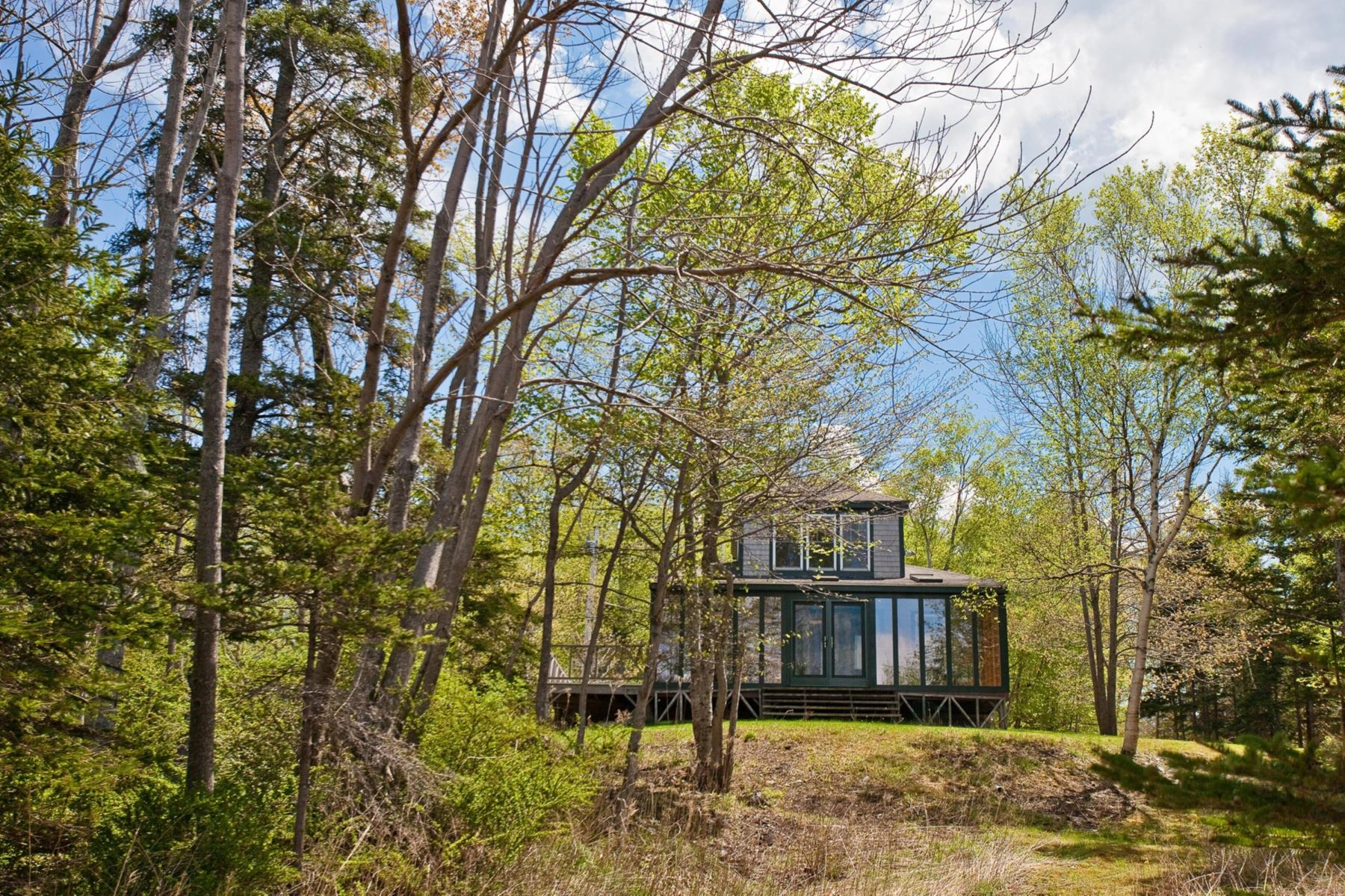 Single Family Homes for Active at 399 Smiths Landing Road Islesboro, Maine 04848 United States