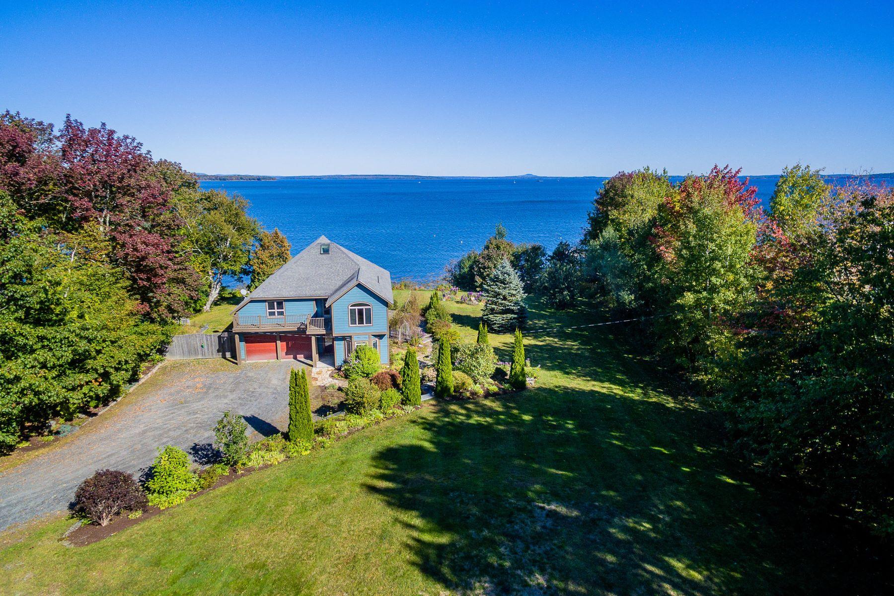 Single Family Homes por un Venta en 23 John Robinson Way Belfast, Maine 04915 Estados Unidos