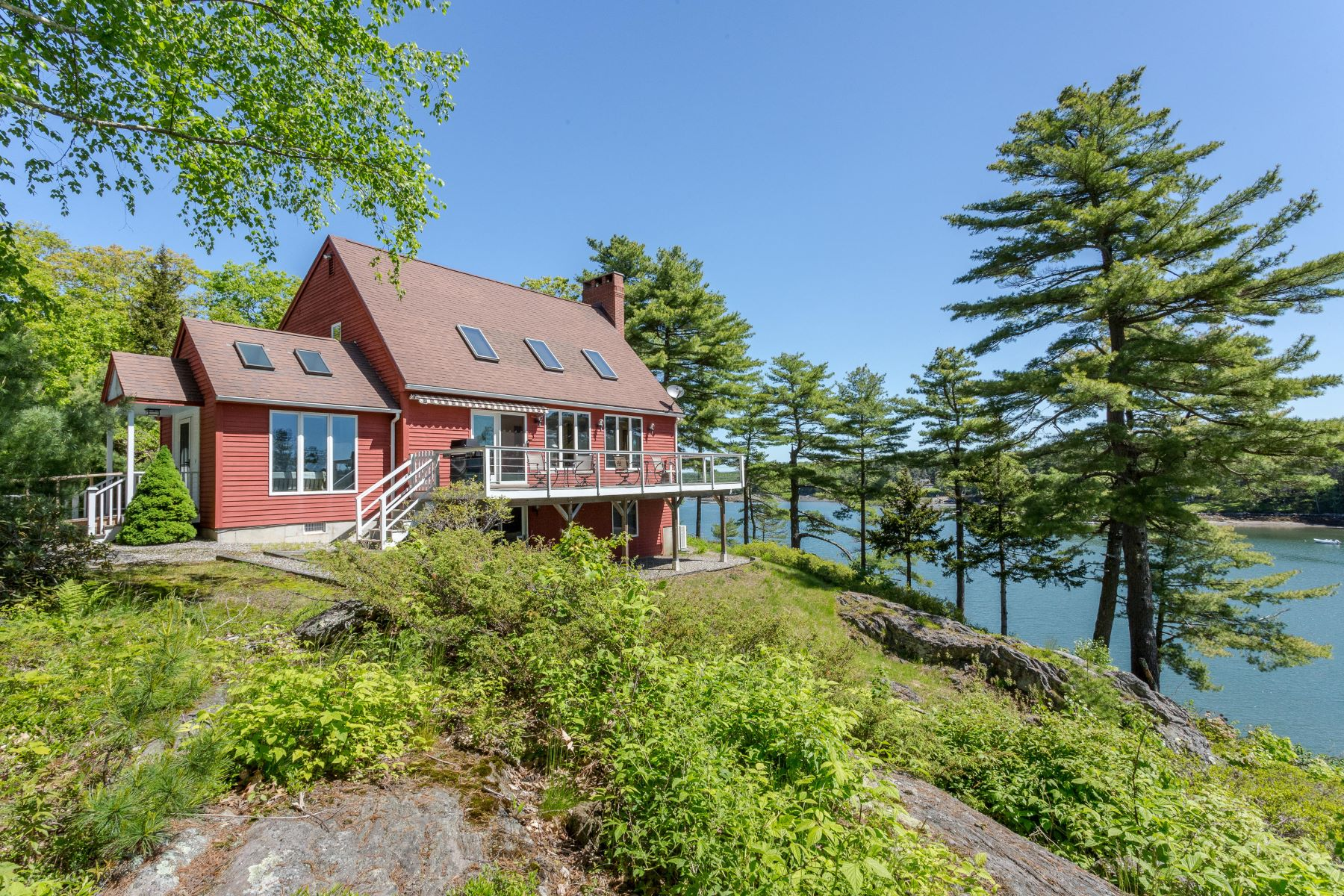 Single Family Homes for Active at 448 Mountain Road West Bath, Maine 04530 United States