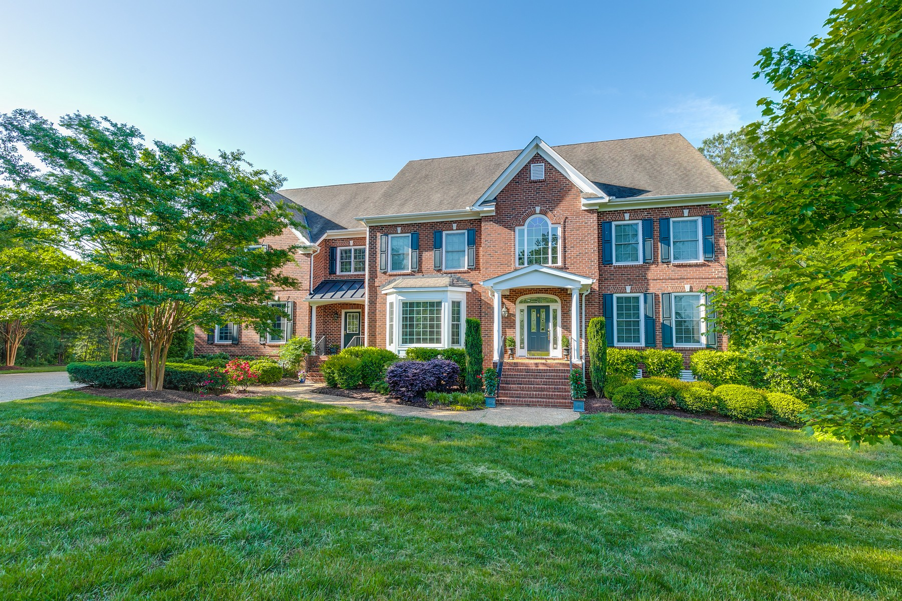 Single Family Homes for Active at 12201 Keats Grove Court Glen Allen, Virginia 23059 United States