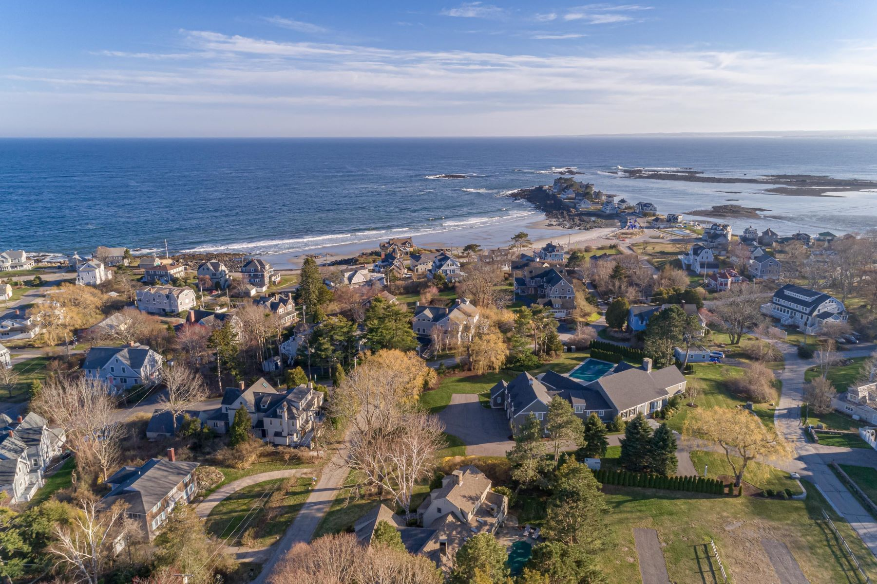 Single Family Homes for Active at 2 Clubhouse Drive Kennebunk, Maine 04043 United States