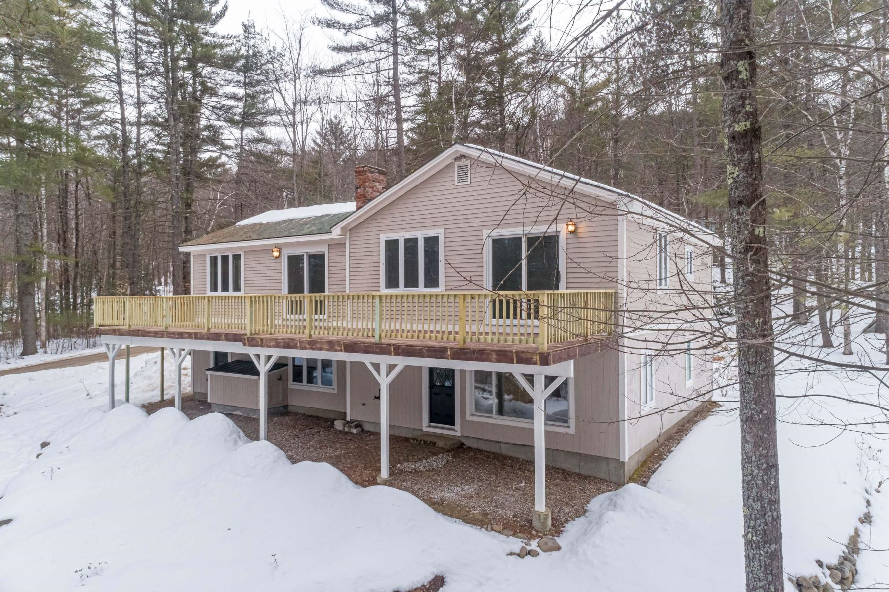 Single Family Homes for Sale at 190 Mountain Road Bridgton, Maine 04009 United States