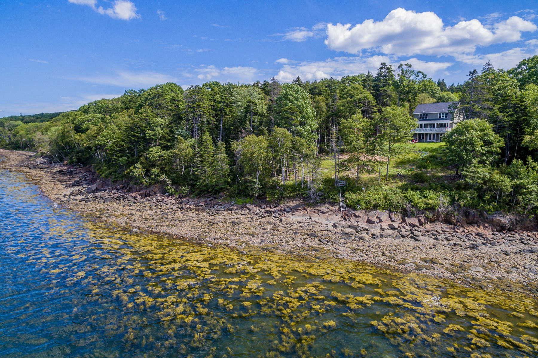 Single Family Homes por un Venta en 33 Windswept Way Owls Head, Maine 04854 Estados Unidos