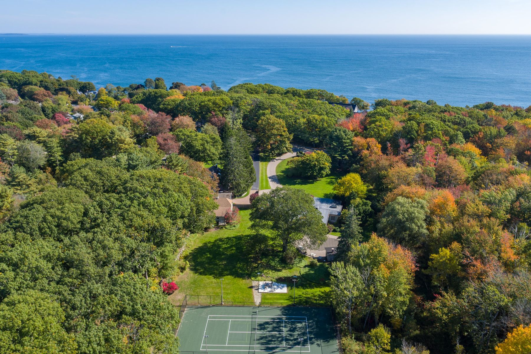 Single Family Homes for Active at 1175 Shore Road Cape Elizabeth, Maine 04107 United States