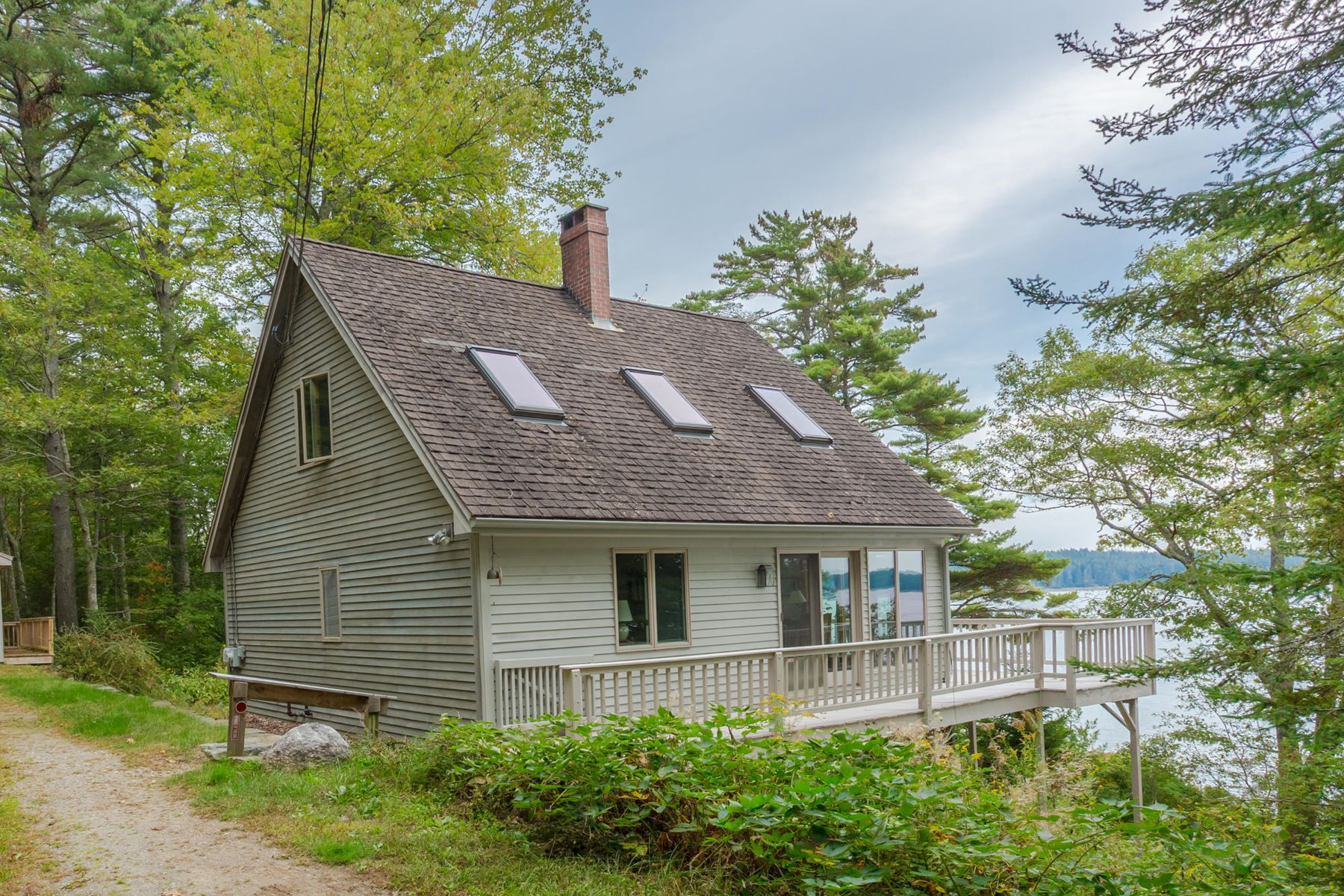 Single Family Homes por un Venta en 308 Back Shore Road Bristol, Maine 04564 Estados Unidos