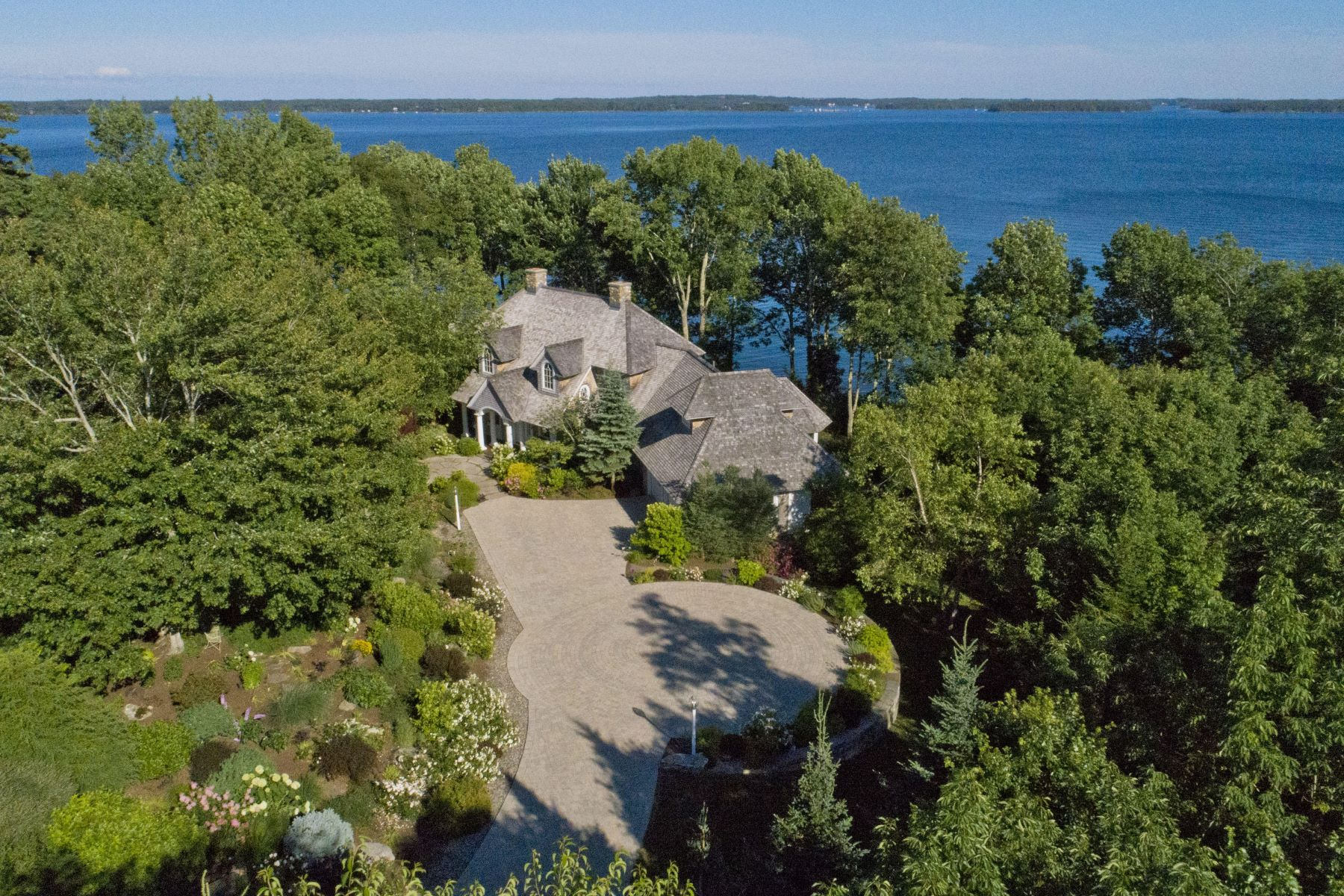 Single Family Homes for Active at 54 Catching Cove Road Northport, Maine 04849 United States