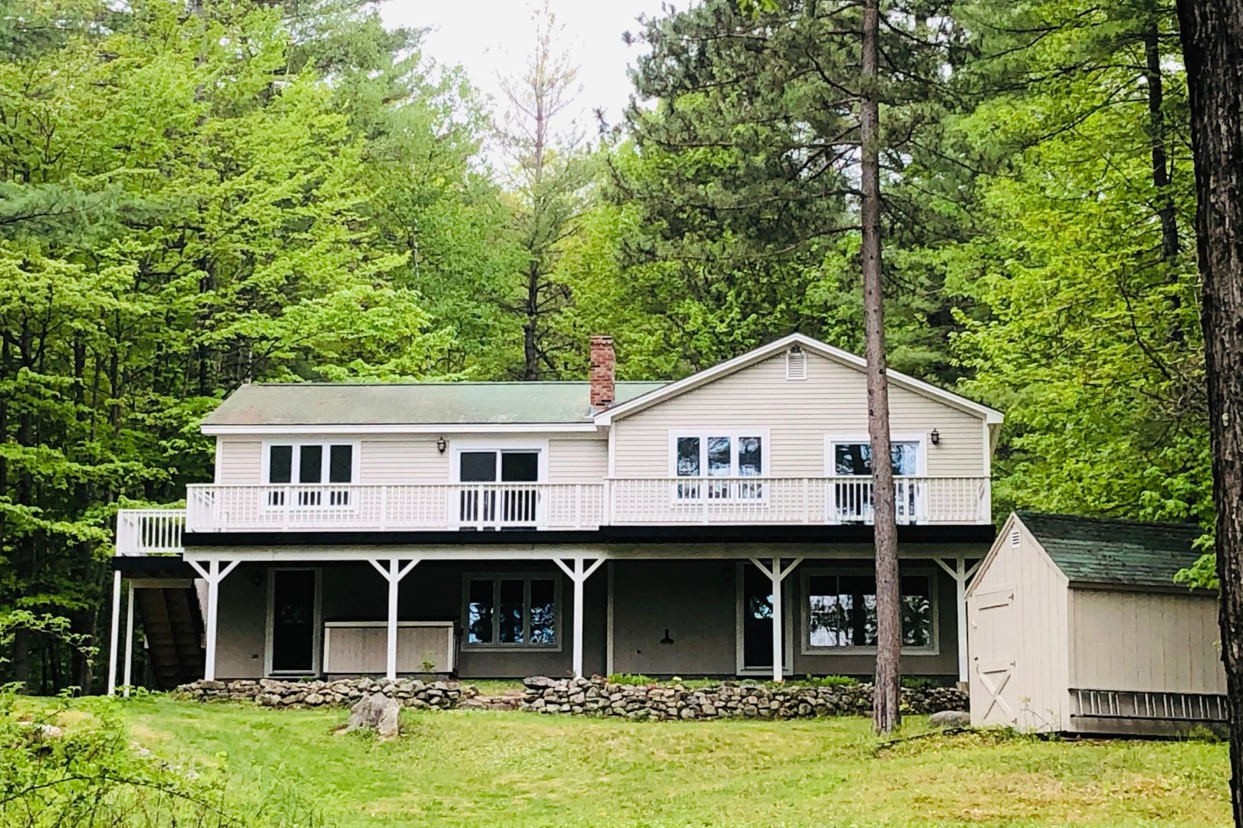 Single Family Homes for Active at 190 Mountain Road Bridgton, Maine 04009 United States