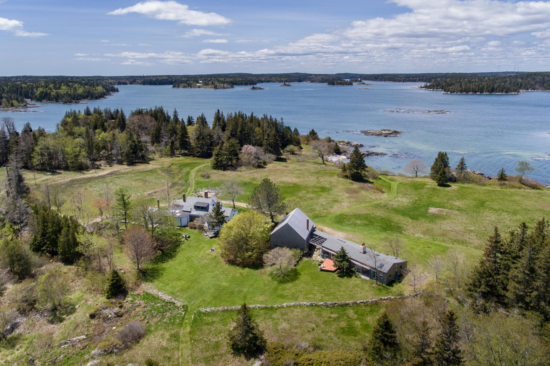 Single Family Homes for Active at 204/209 Coombs Neck Road Vinalhaven, Maine 04863 United States