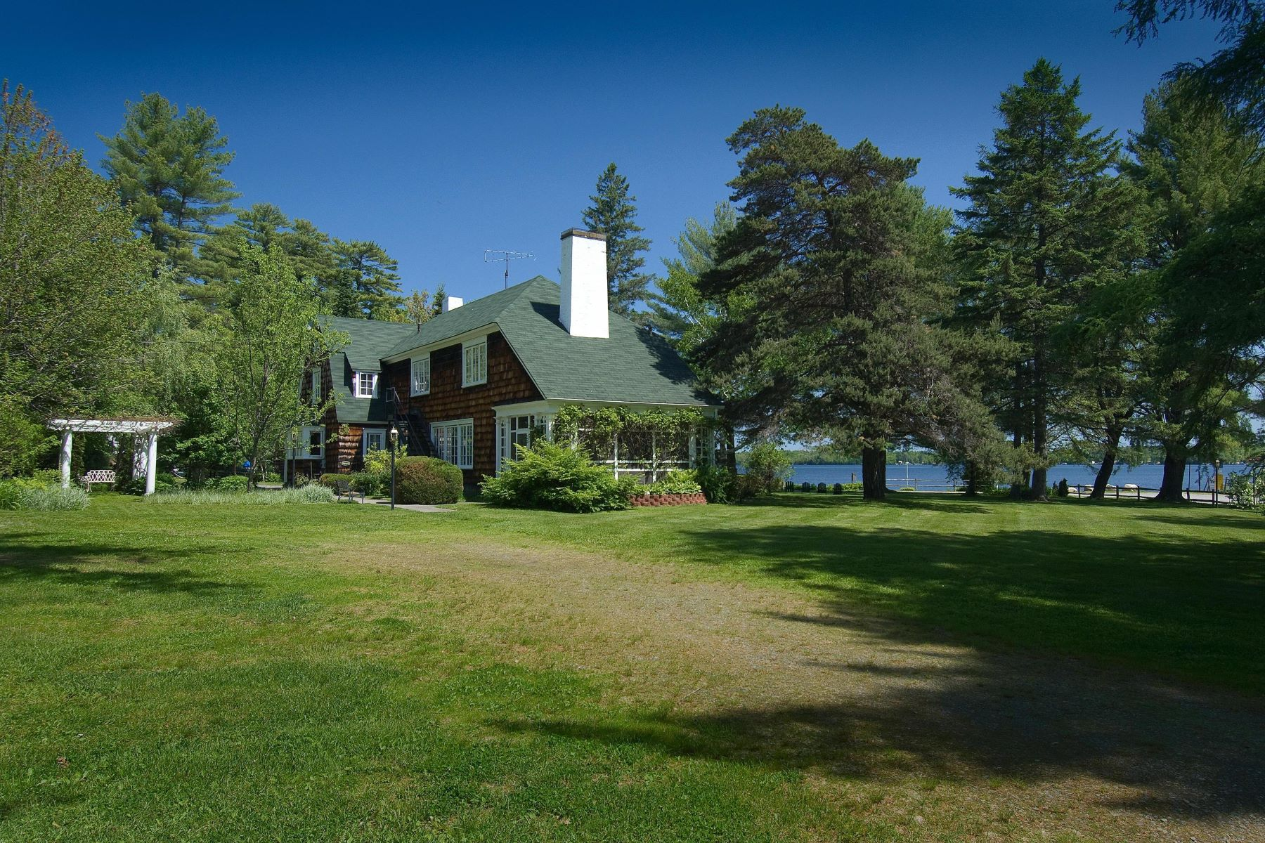 Single Family Homes for Active at 68 Beach Road Madison, Maine 04950 United States
