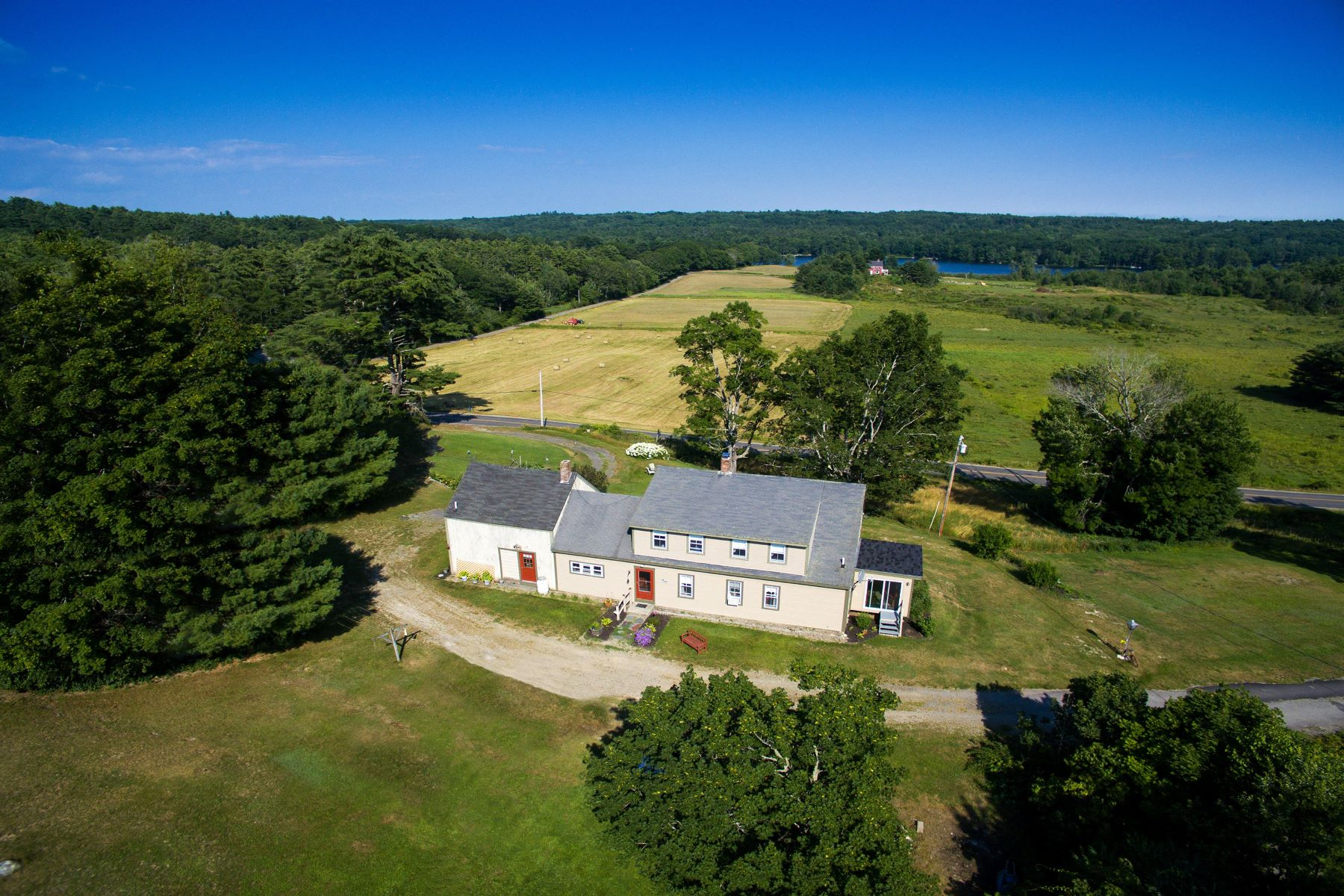 Single Family Homes for Active at 1505 Bunker Hill Road Jefferson, Maine 04348 United States