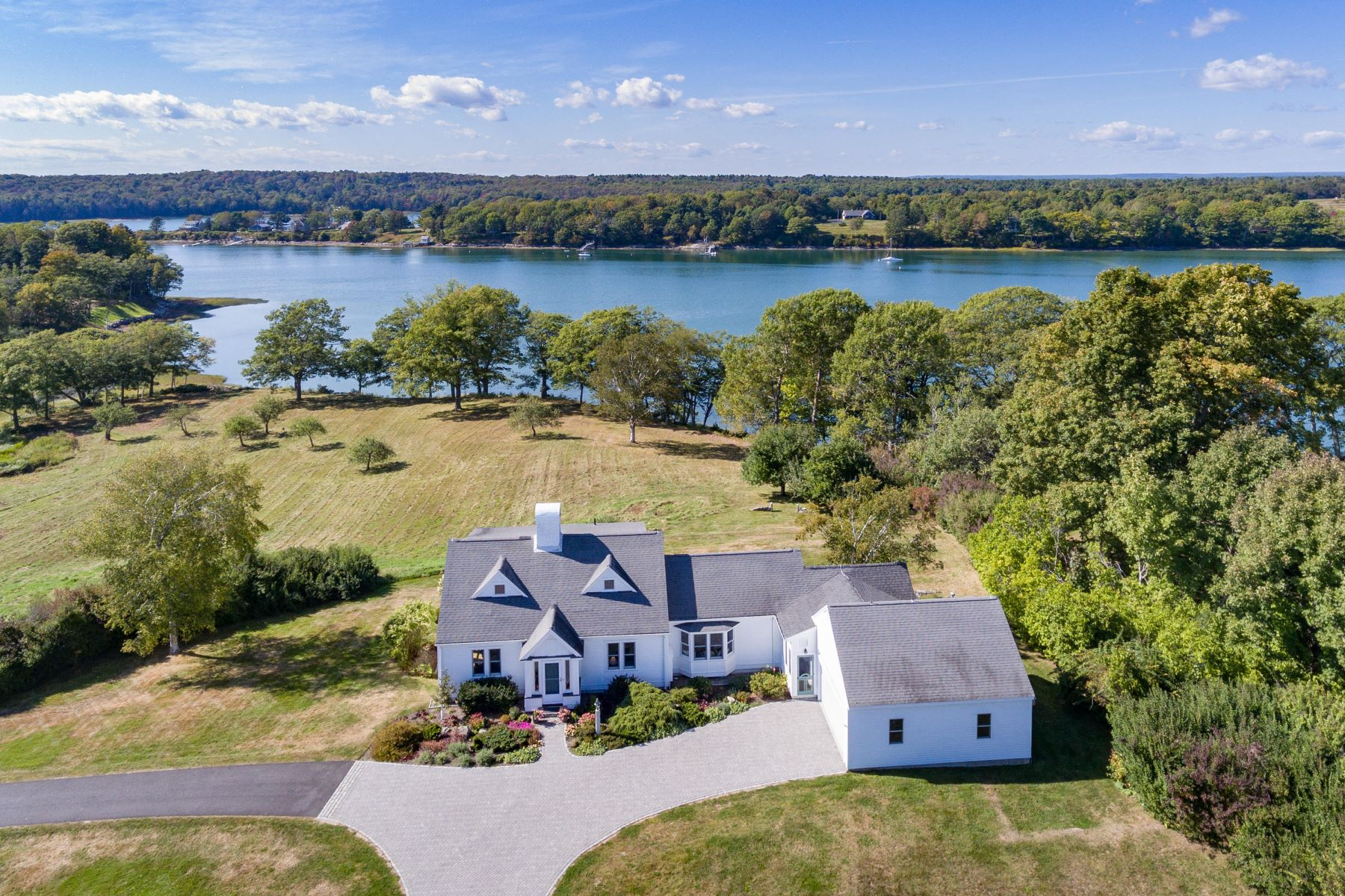 Single Family Homes for Active at 336 High Head Road Harpswell, Maine 04079 United States