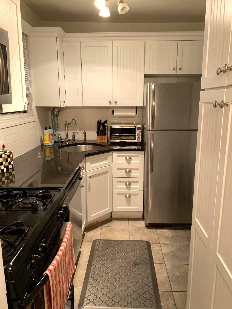 Co-op Properties 為 出售 在 Roslyn Heights 63 Edwards Street , 2A, Roslyn Heights, 纽约 11577 美國