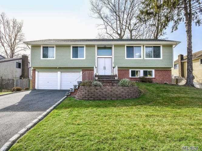Single Family Homes por un Venta en Glen Cove 236 Walnut Road Glen Cove, Nueva York 11542 Estados Unidos