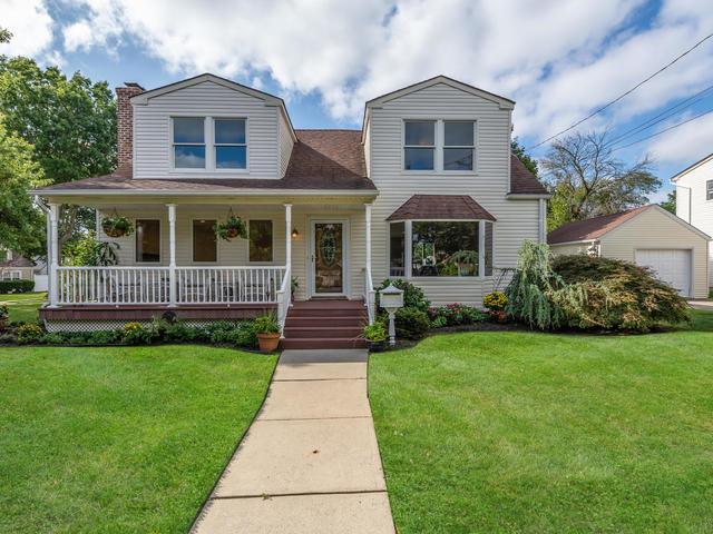 Single Family Homes for Sale at Merrick 24 Newell Rd Merrick, New York 11566 United States