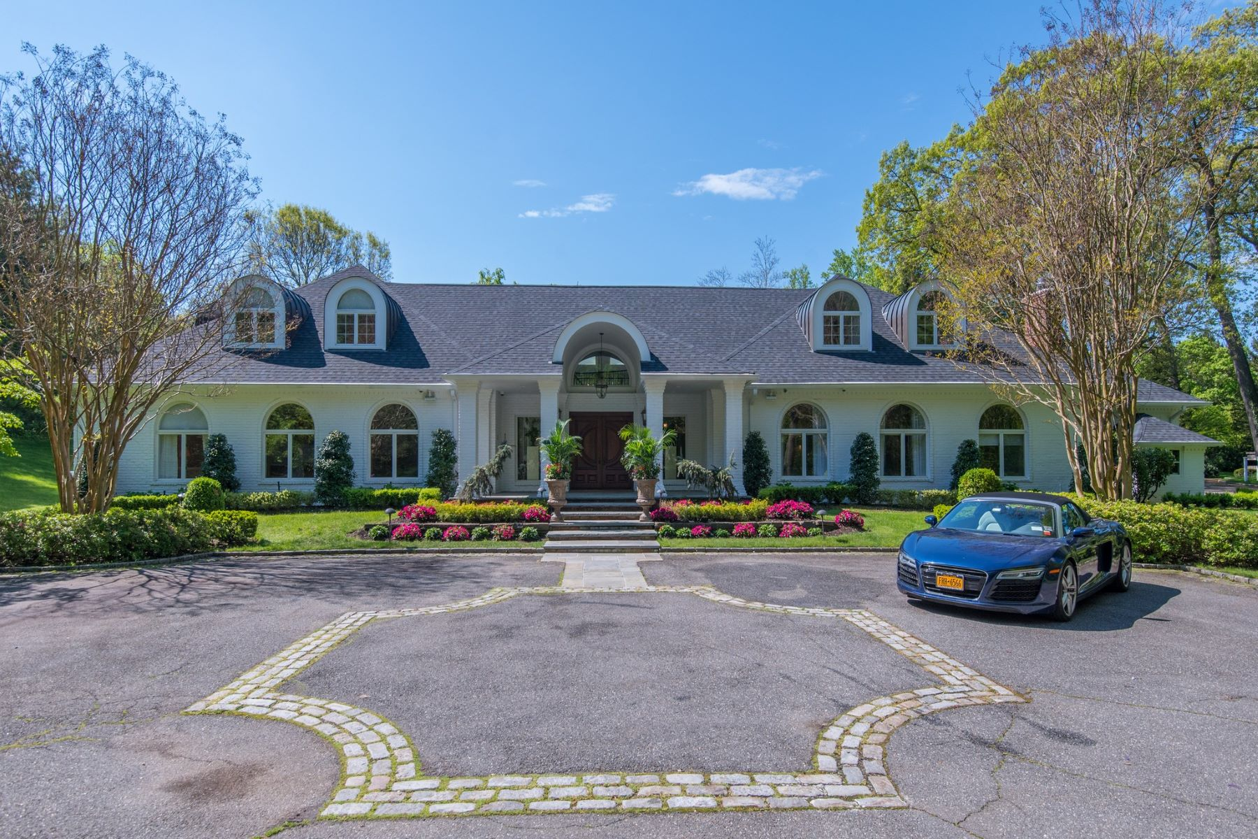 Single Family Homes for Sale at Cold Spring Hrbr 11 Dock Hollow Road Cold Spring Harbor, New York 11724 United States