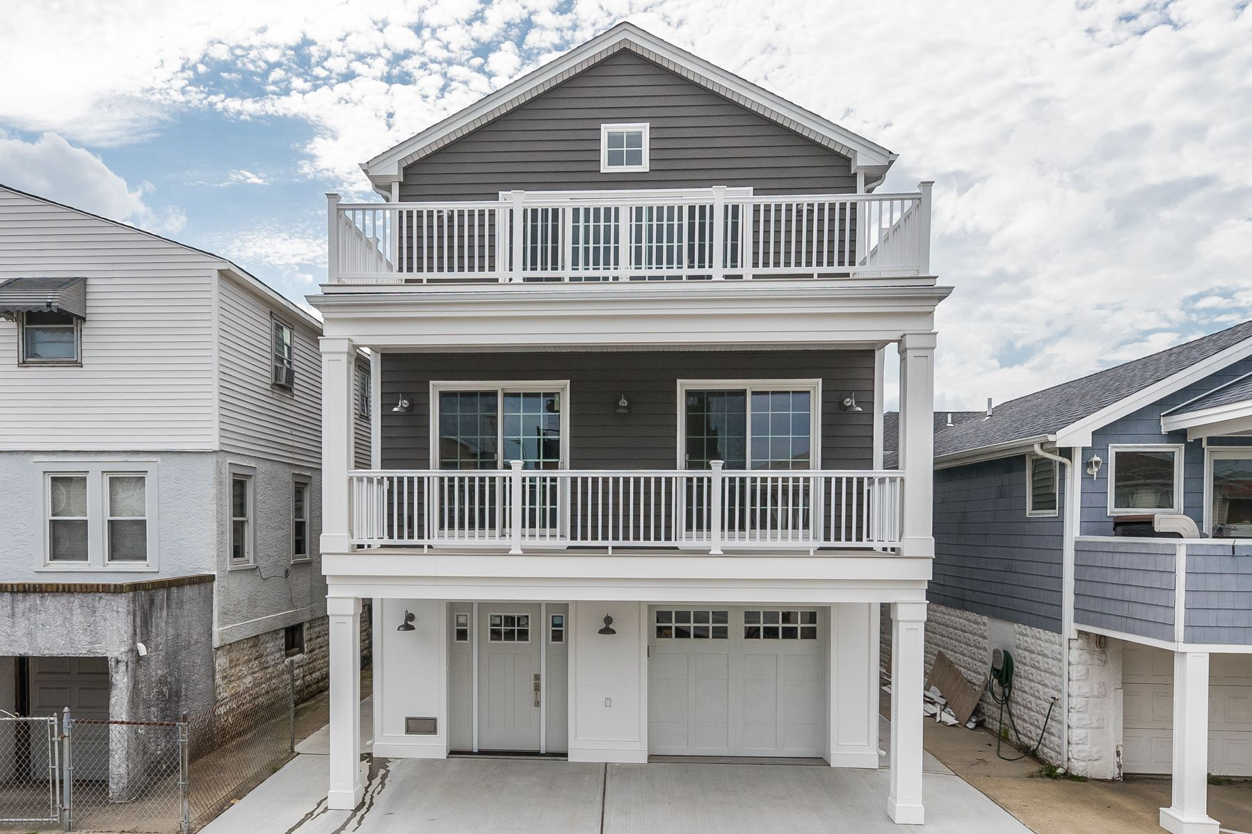 Single Family Homes for Active at Long Beach 101 Tennessee Long Beach, New York 11561 United States