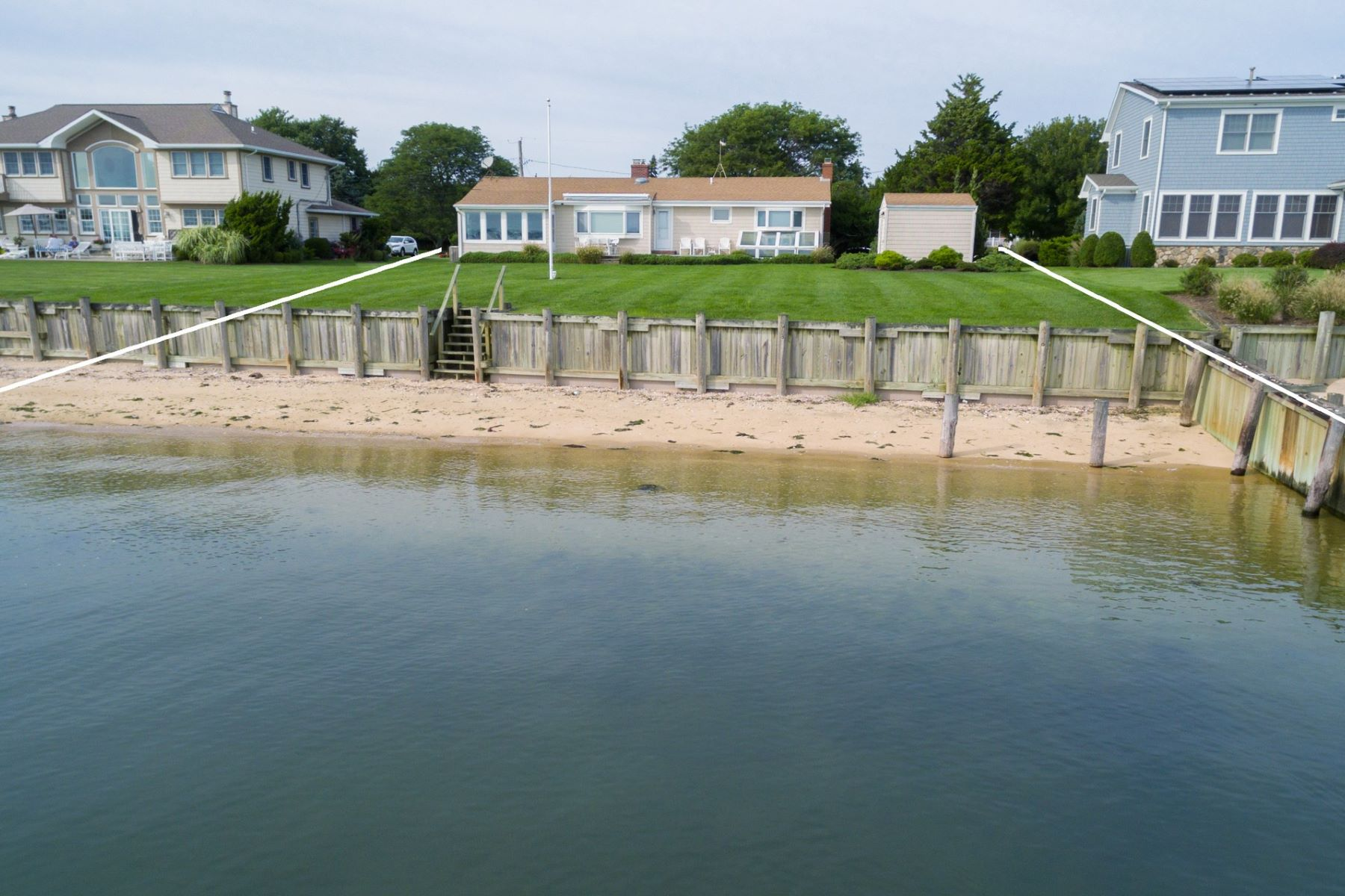 Single Family Homes 용 매매 에 Southold 435 Watersedge Way, Southold, 뉴욕 11971 미국