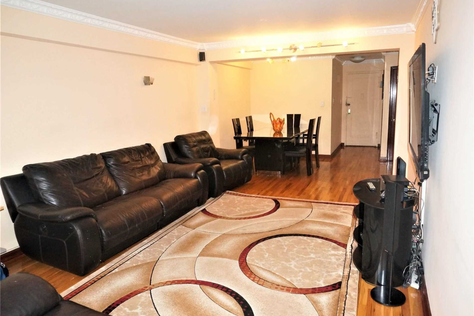 Co-op Properties for Active at Forest Hills 62-59 108th St , 4N Forest Hills, New York 11375 United States