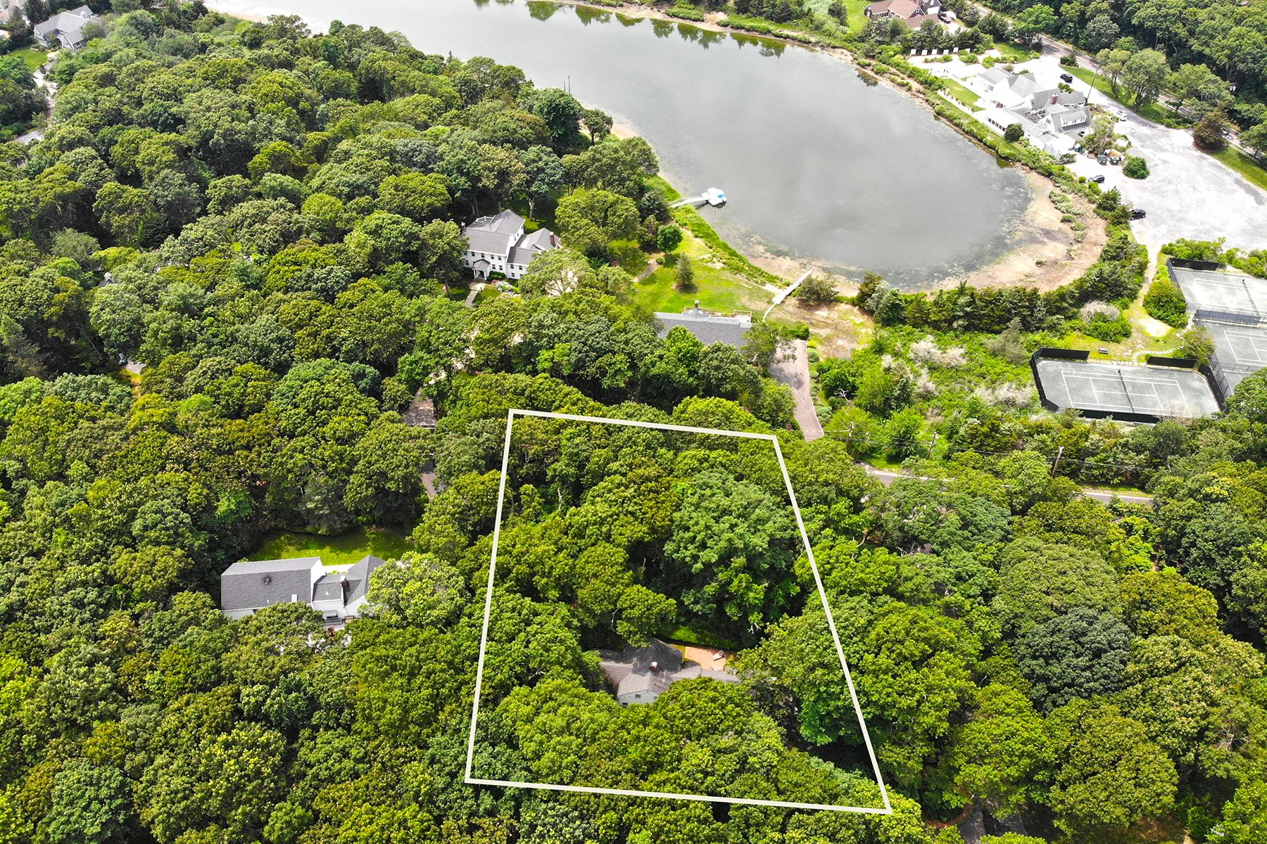 Single Family Homes for Sale at Old Field South 2 Glenwater Lane Setauket, New York 11733 United States