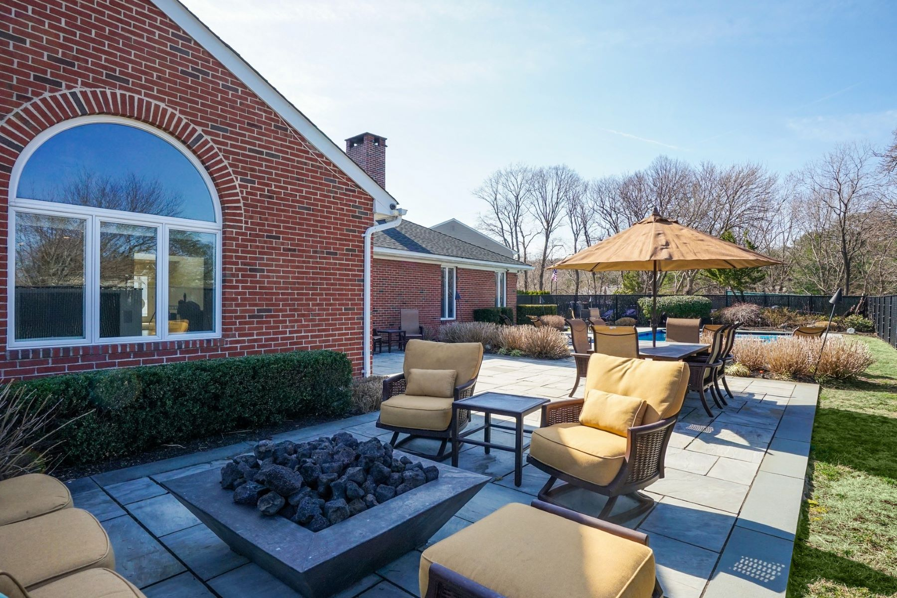 Single Family Homes for Active at Bayville 5 High Ct Bayville, New York 11709 United States