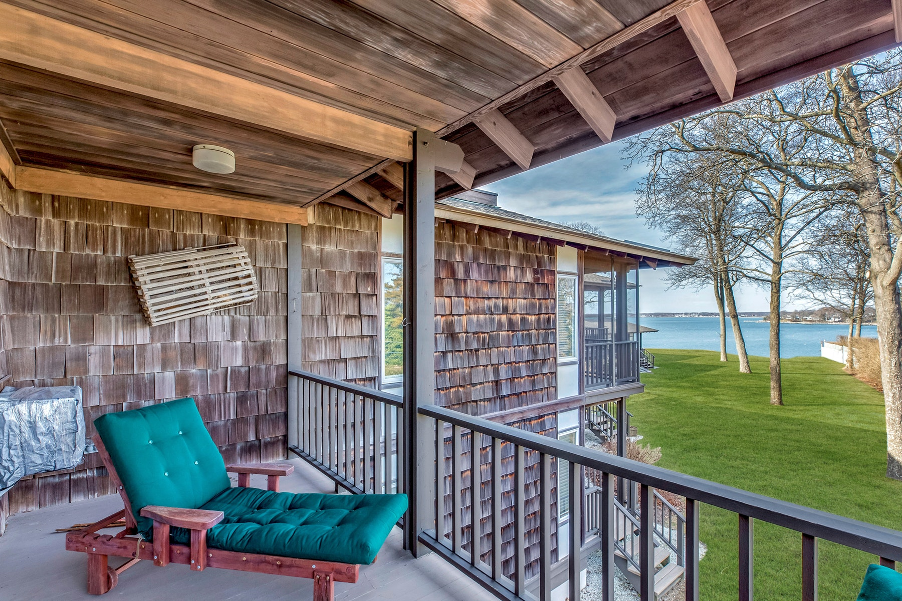 Co-op Properties for Sale at Shelter Island 13 Winthrop Road , 29 Shelter Island, New York 11964 United States