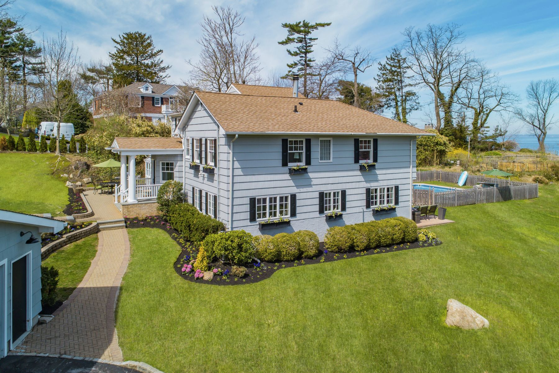 Single Family Homes for Active at Manhasset 4 Water Ln Manhasset, New York 11030 United States