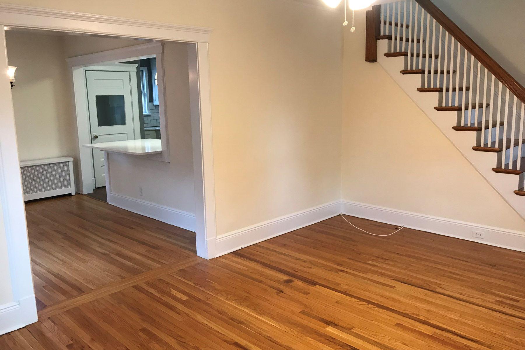 Additional photo for property listing at Port Washington 22 Herbert Ave, Port Washington, New York 11050 United States