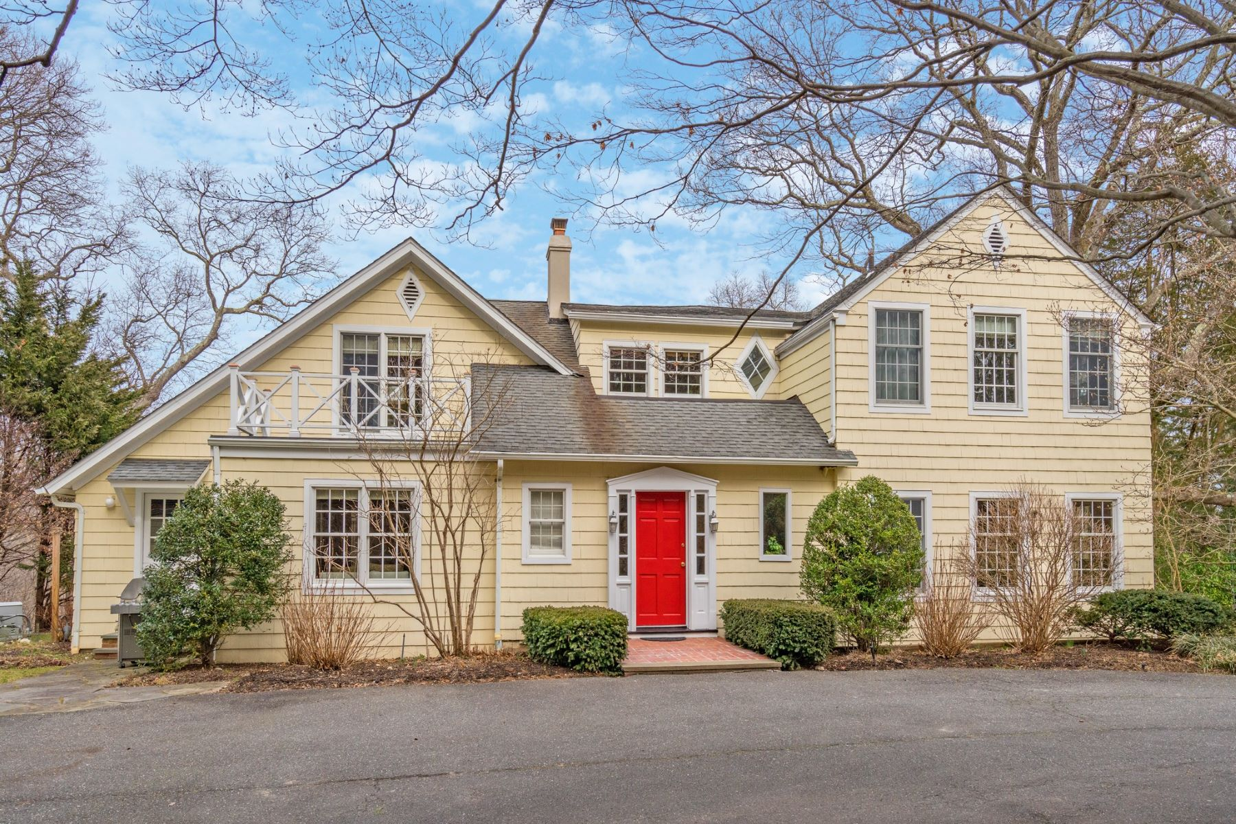 Single Family Homes for Sale at Laurel Hollow 1348 Ridge Road Laurel Hollow, New York 11791 United States