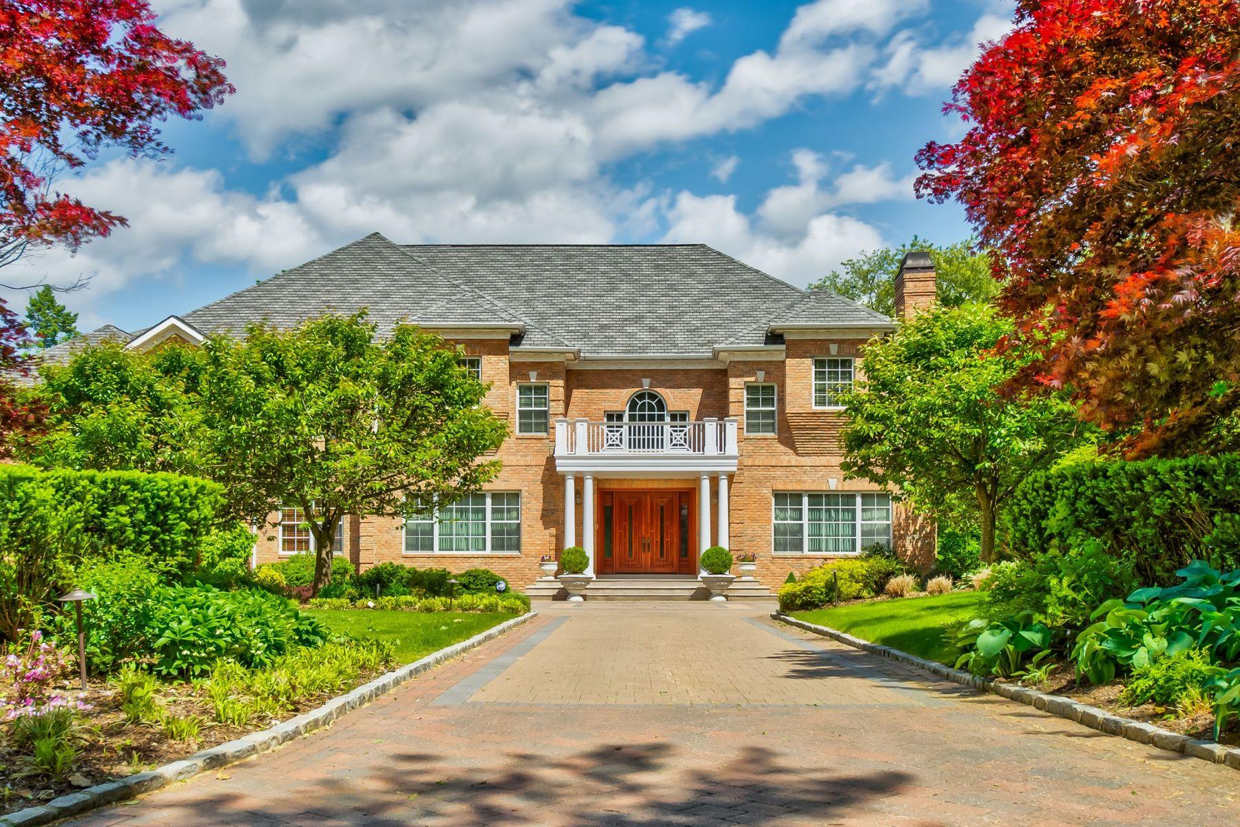 Single Family Homes für Verkauf beim Old Brookville 2 Maria Ln, Old Brookville, New York 11545 Vereinigte Staaten