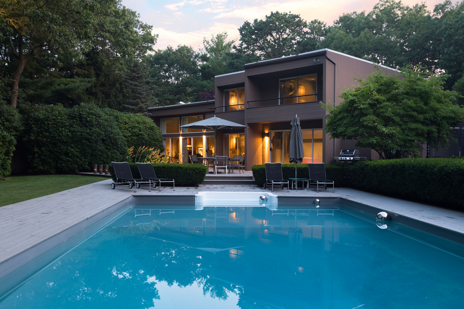 Single Family Homes por un Venta en E. Quogue 9 Bluejay Way East Quogue, Nueva York 11942 Estados Unidos